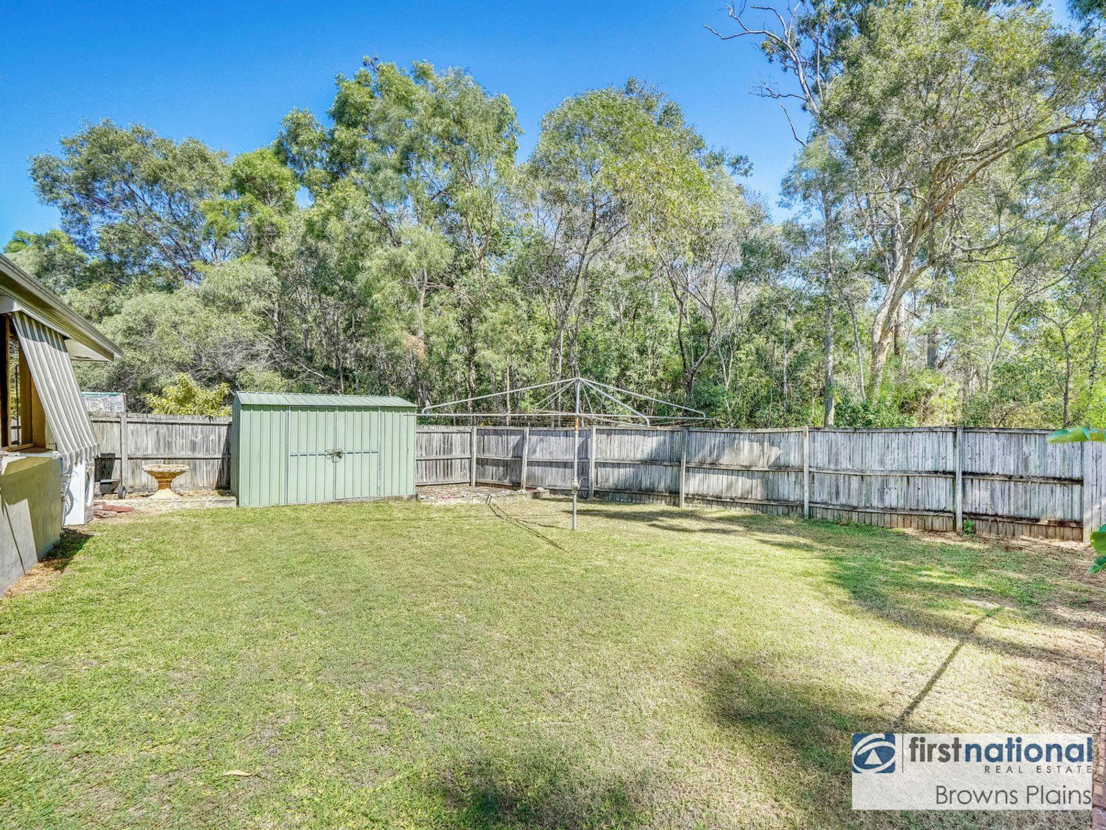 26 Solandra Circuit, Regents Park, QLD 4118