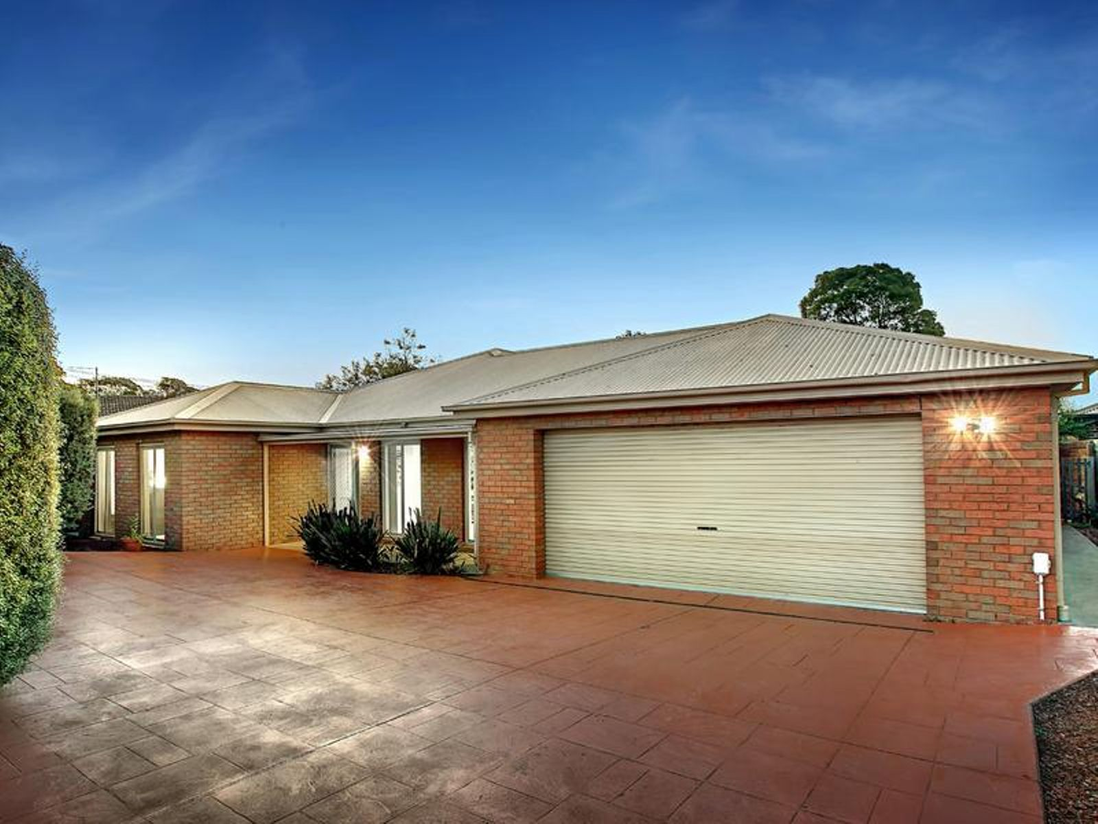 Philipwebb Real Estate 56 Rathmullen Road Boronia Vic 3155