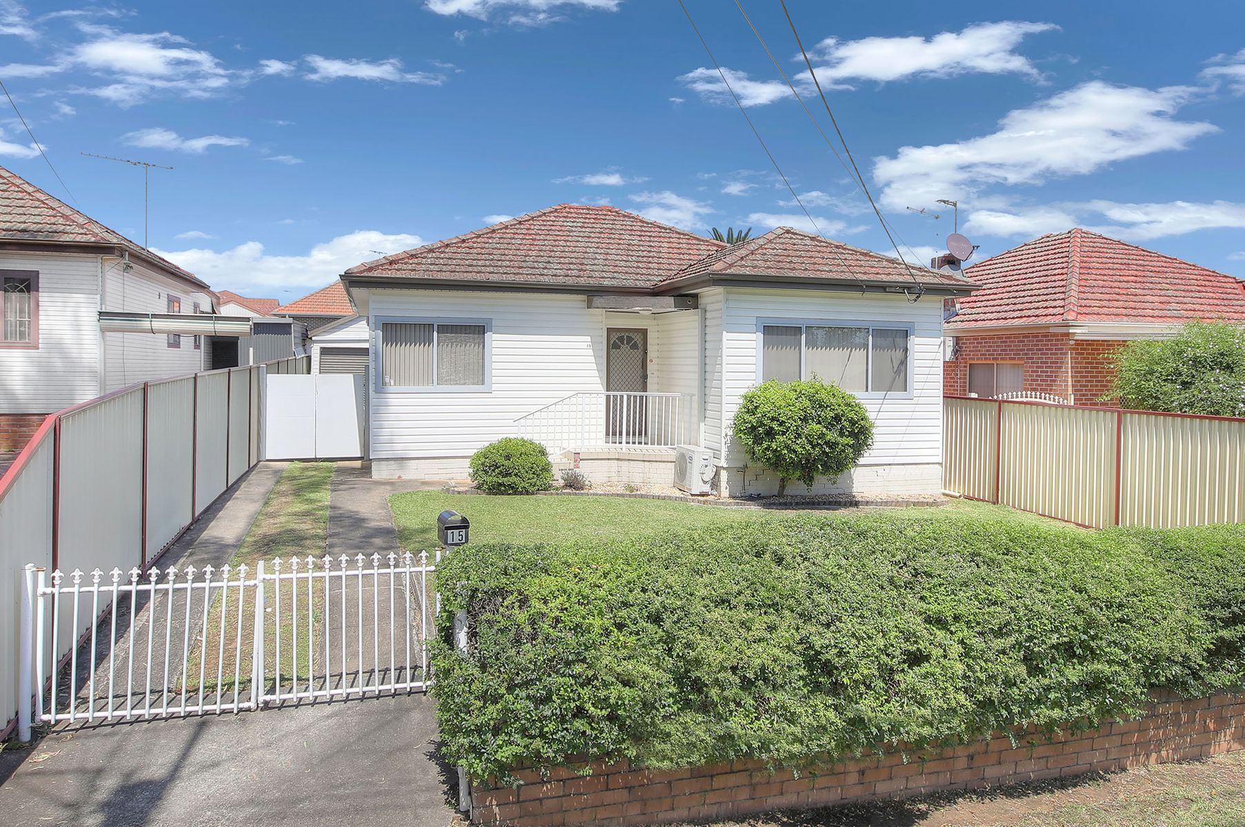 15 Lloyd Avenue, Yagoona, NSW 2199