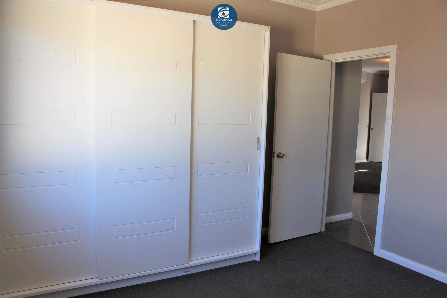 25 Swan St Inverell Nsw 2360 Australia House For Sale