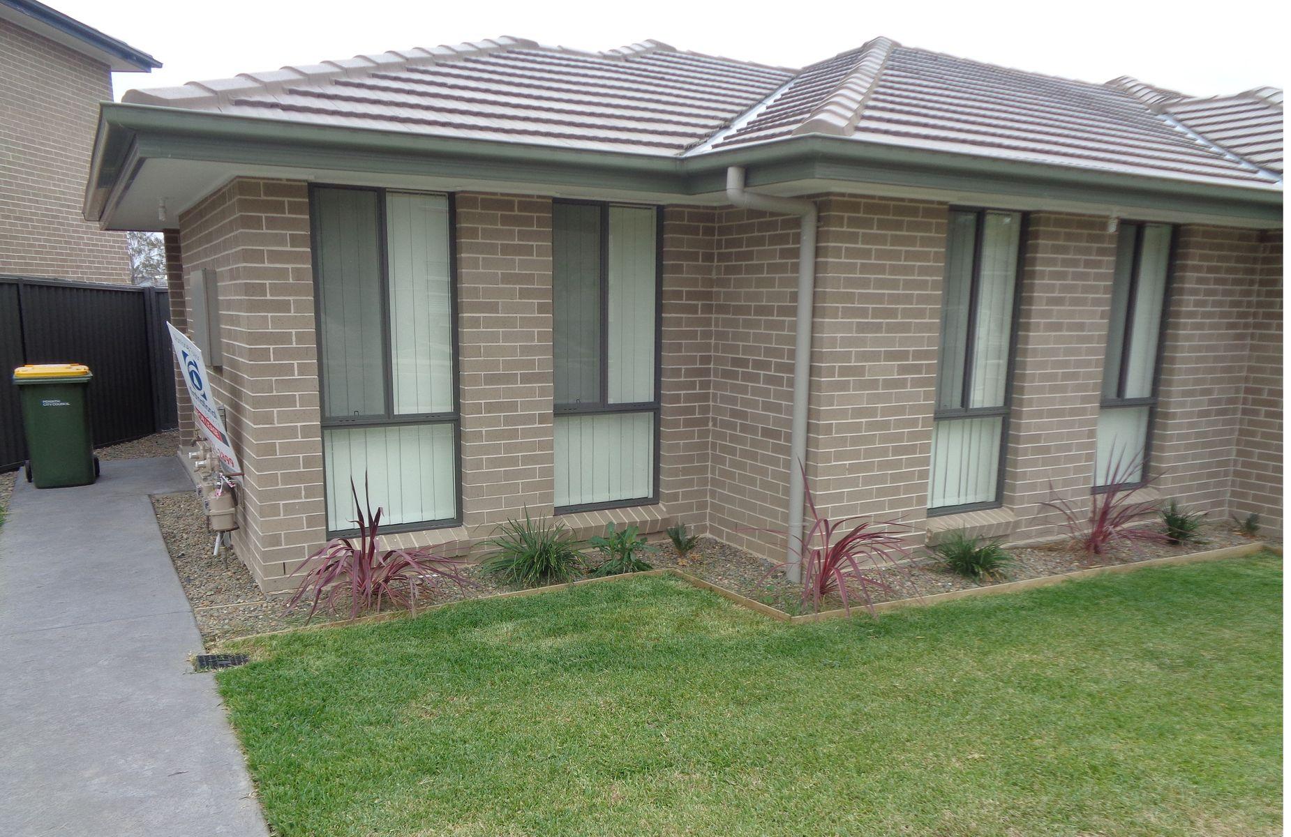 8A Scarlett Street, Jordan Springs, NSW 2747