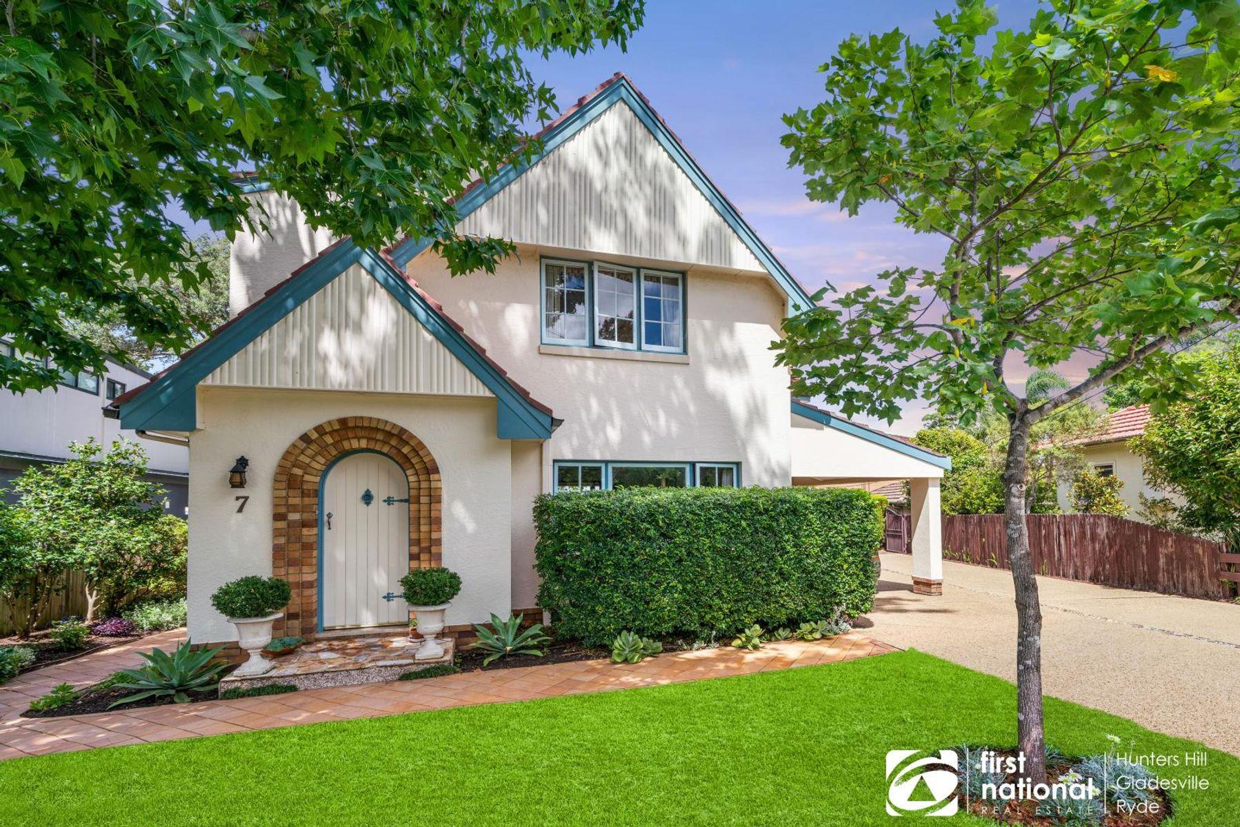 7 Hopetoun Avenue, Denistone East, NSW 2112