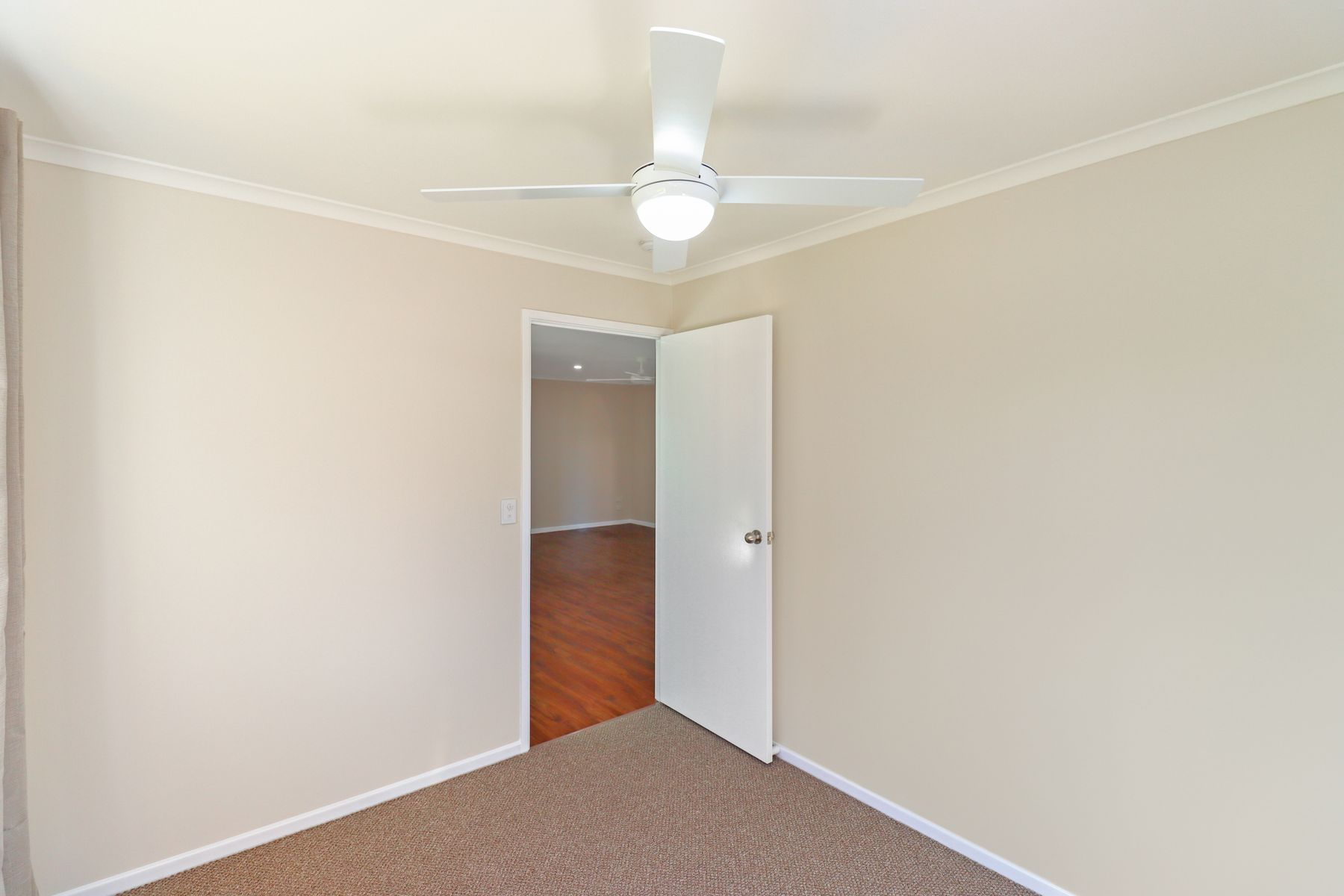 34 Thornbill Drive, Eli Waters, QLD 4655