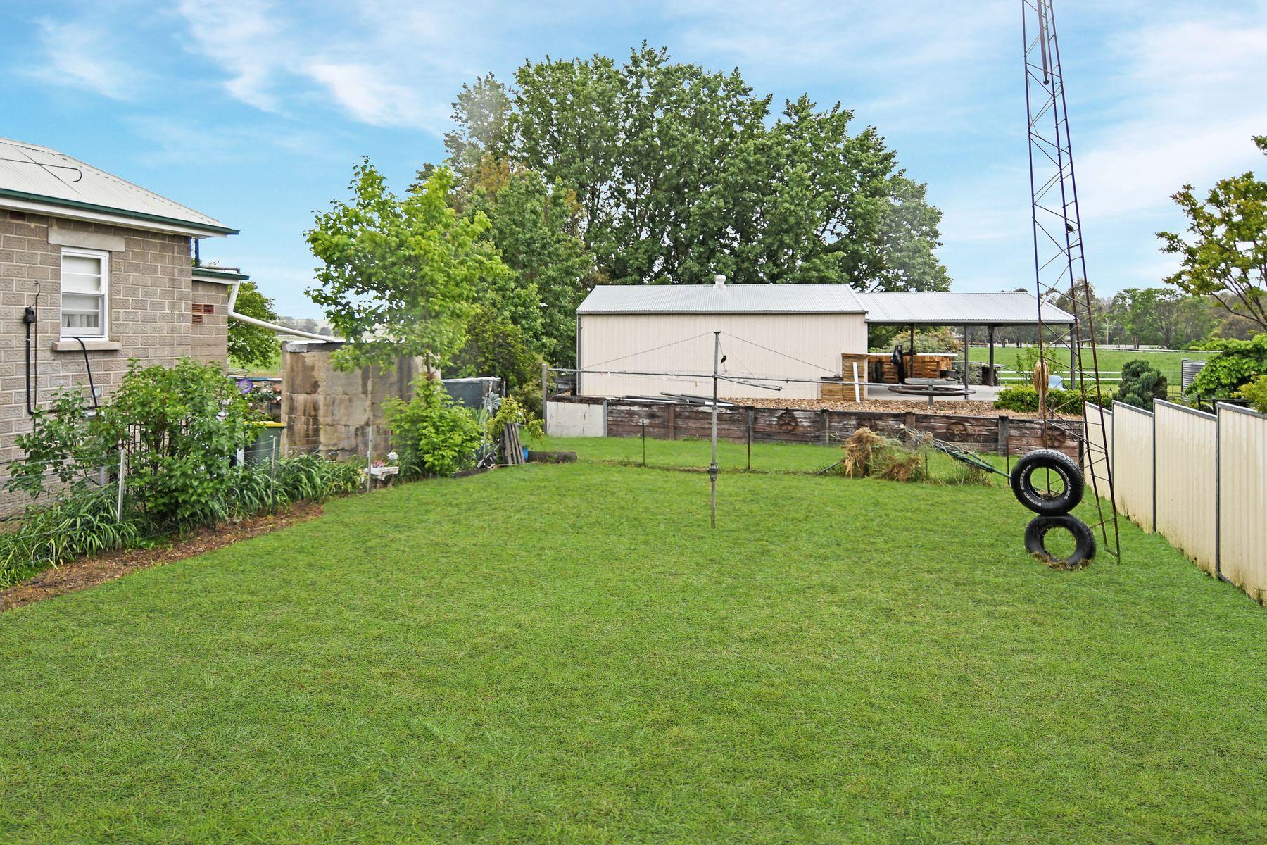 23 Vale Road, Perthville, NSW 2795