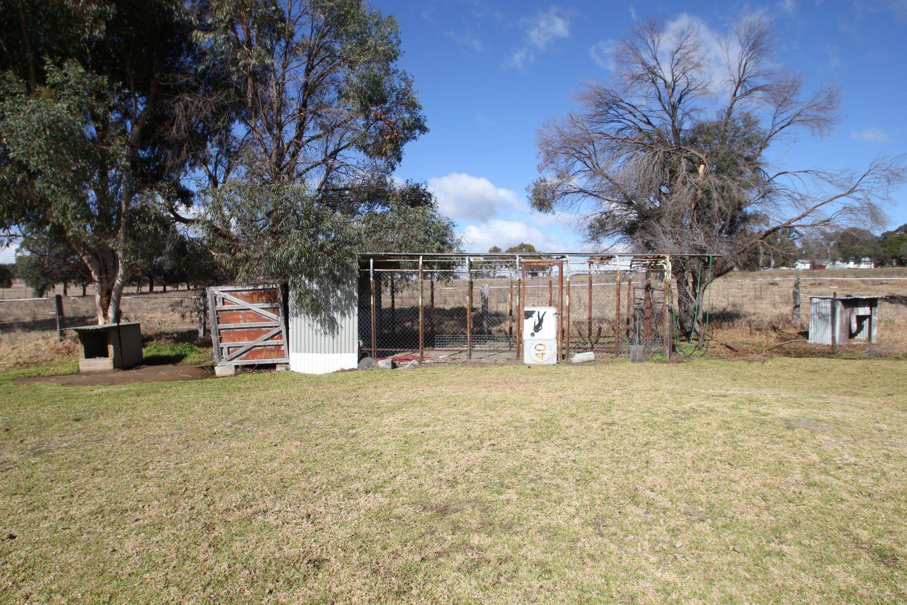 88 Paling Yard Road, Wallangarra, QLD 4383