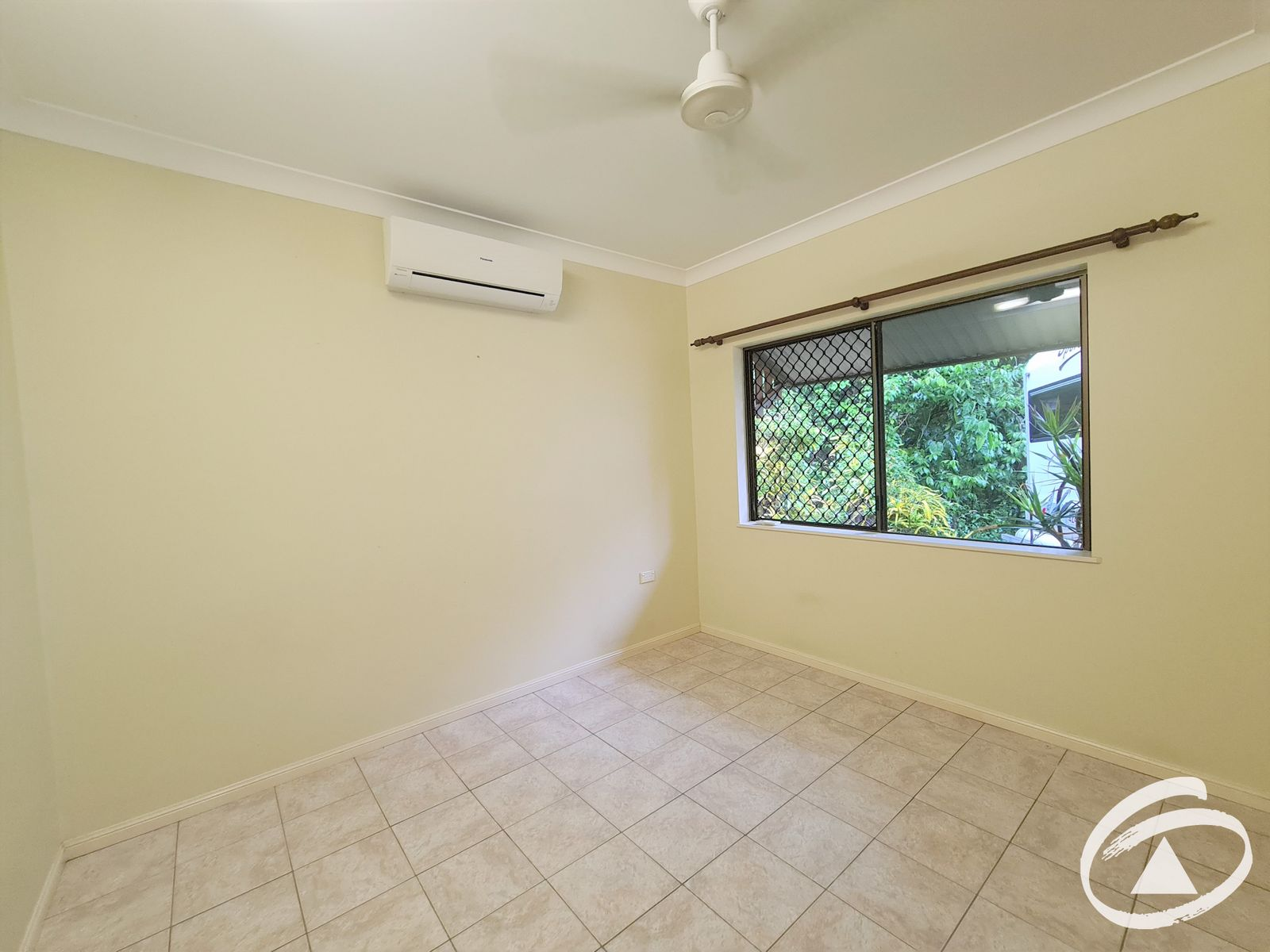 4 Fletcher Court, Bentley Park, QLD 4869