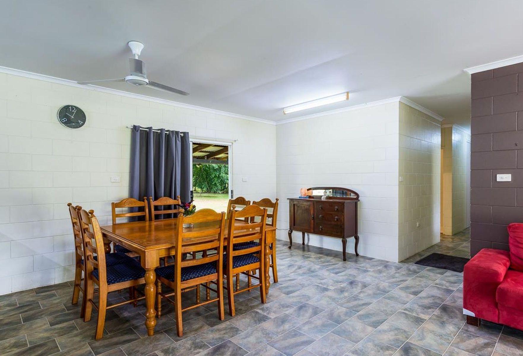 930  WOOPEN CREEK ROAD, Woopen Creek, QLD 4871