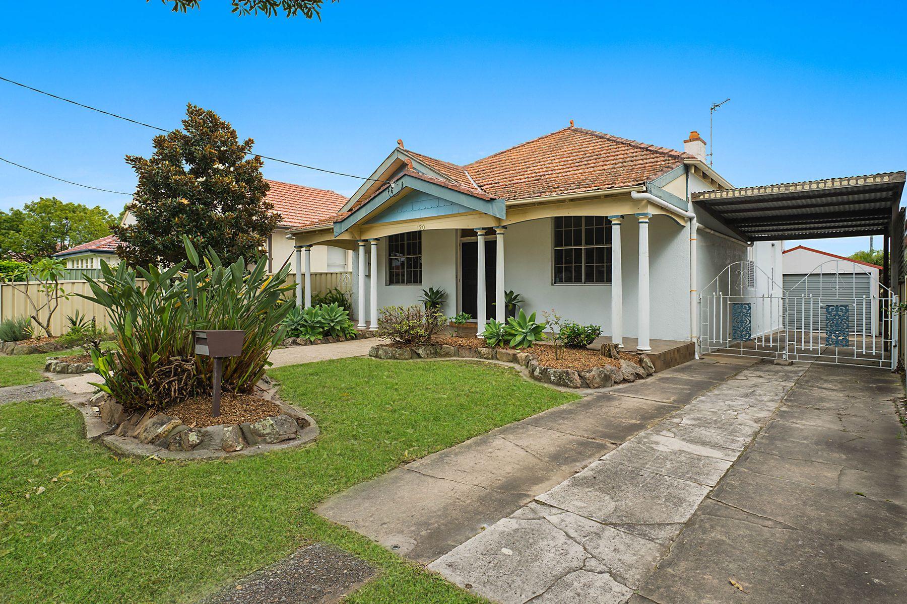 120 Gordon Avenue, Hamilton South, NSW 2303
