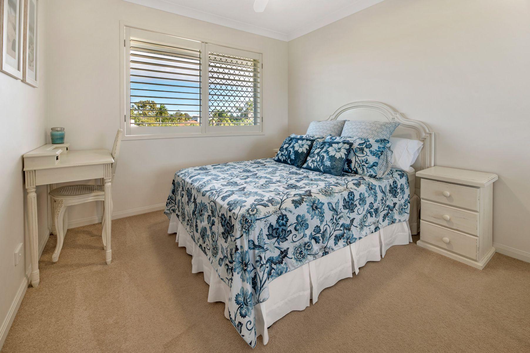 11/6 Purli Street, Chevron Island, QLD 4217
