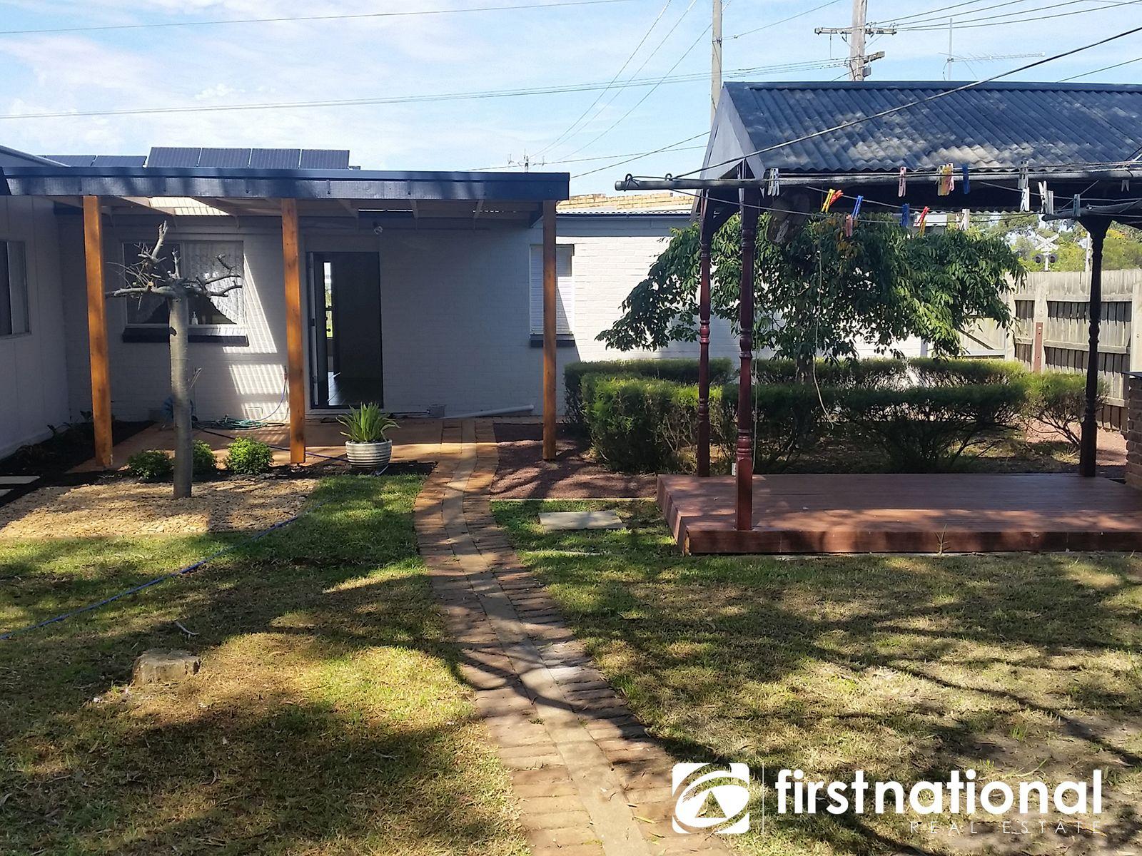 2 Railway Avenue, Tynong, VIC 3813
