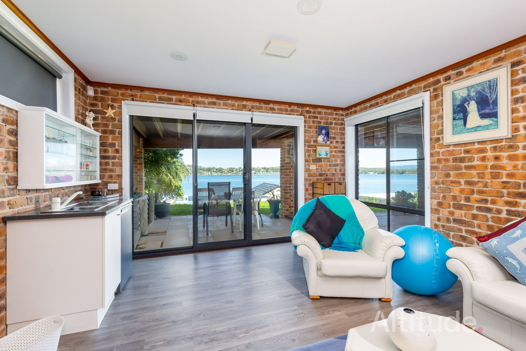 285 Coal Point Road, Coal Point, NSW 2283