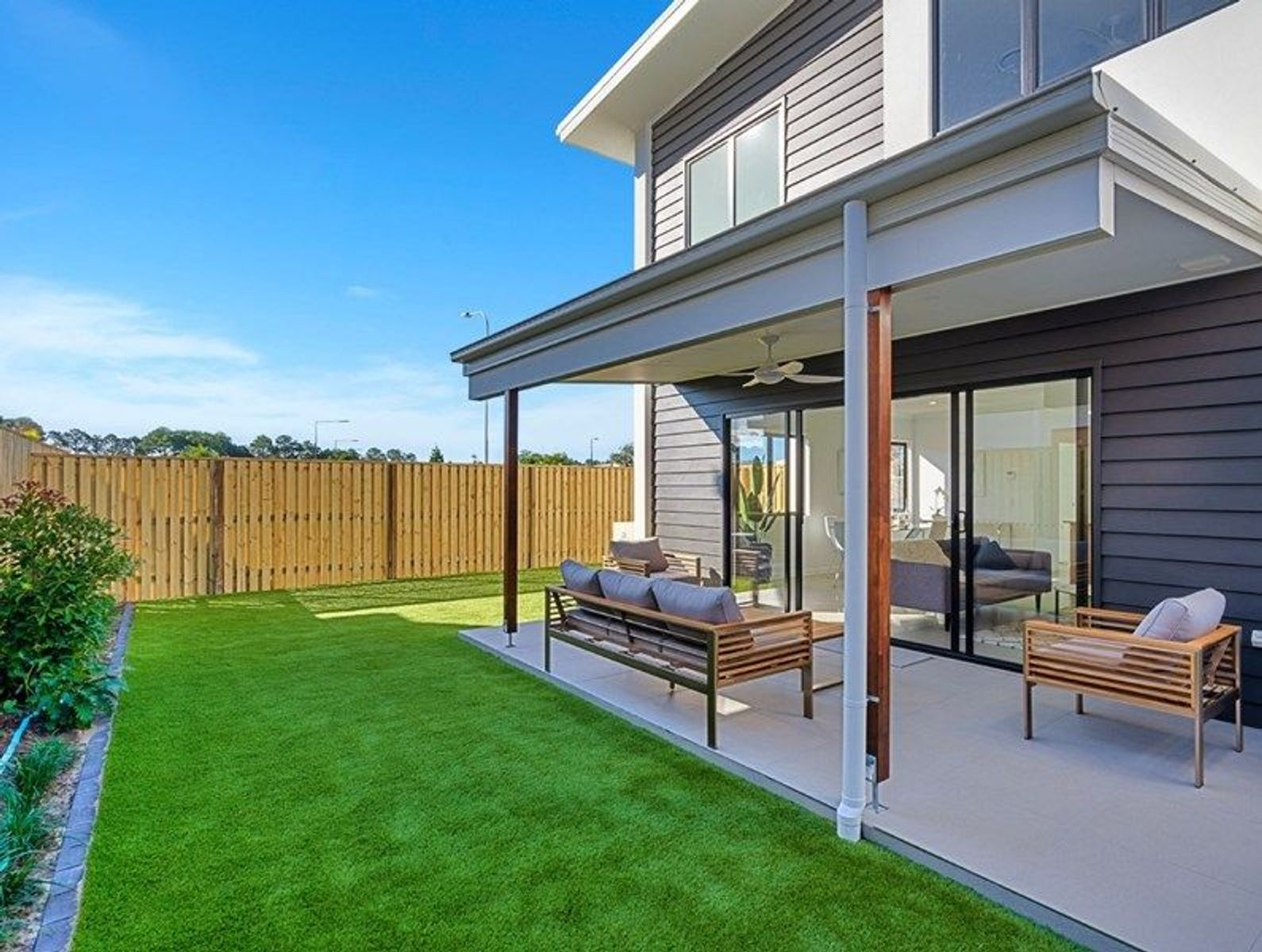 4/35 Sickle Avenue, Hope Island, QLD 4212