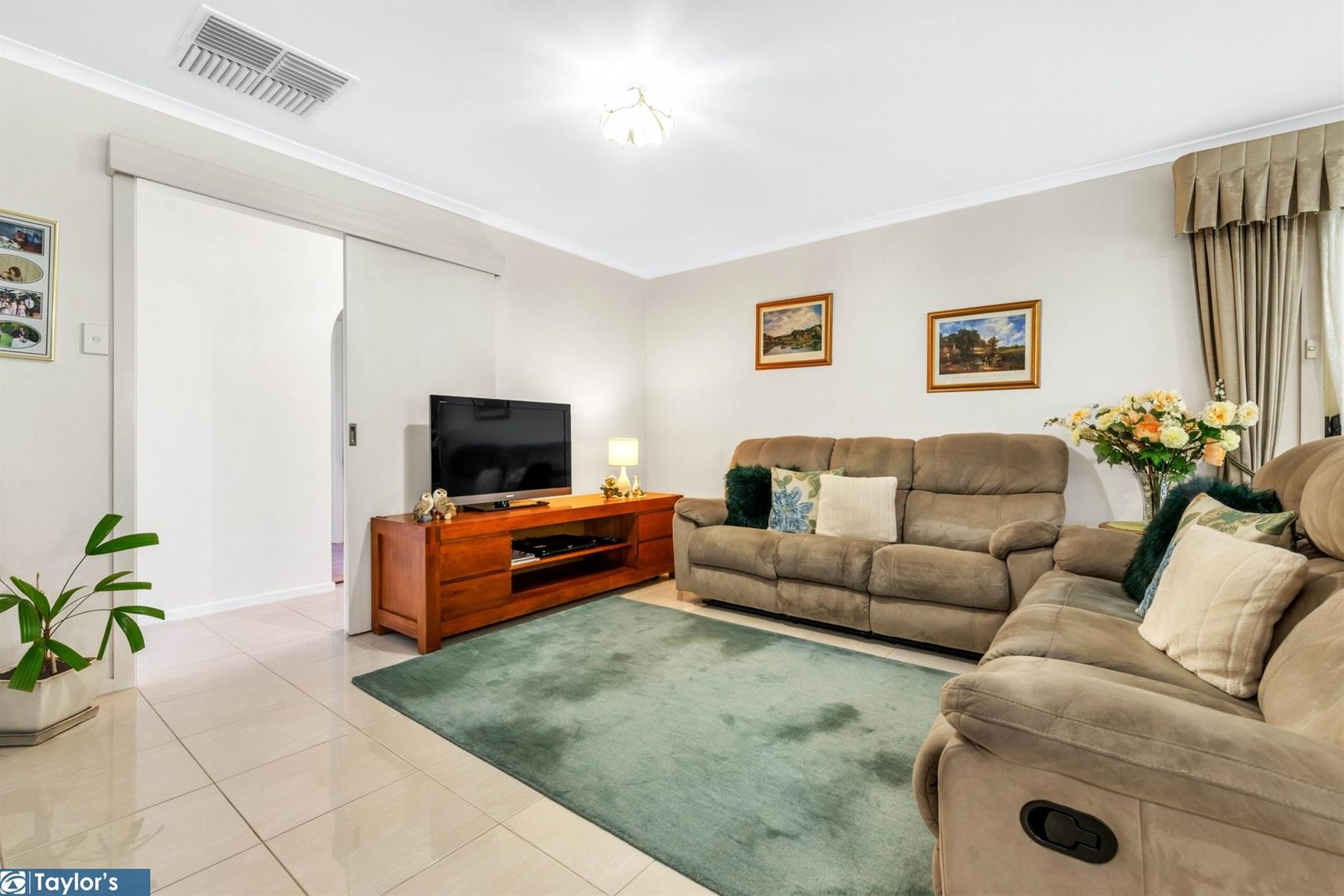 24 Holmeswood Court, Para Hills West, SA 5096