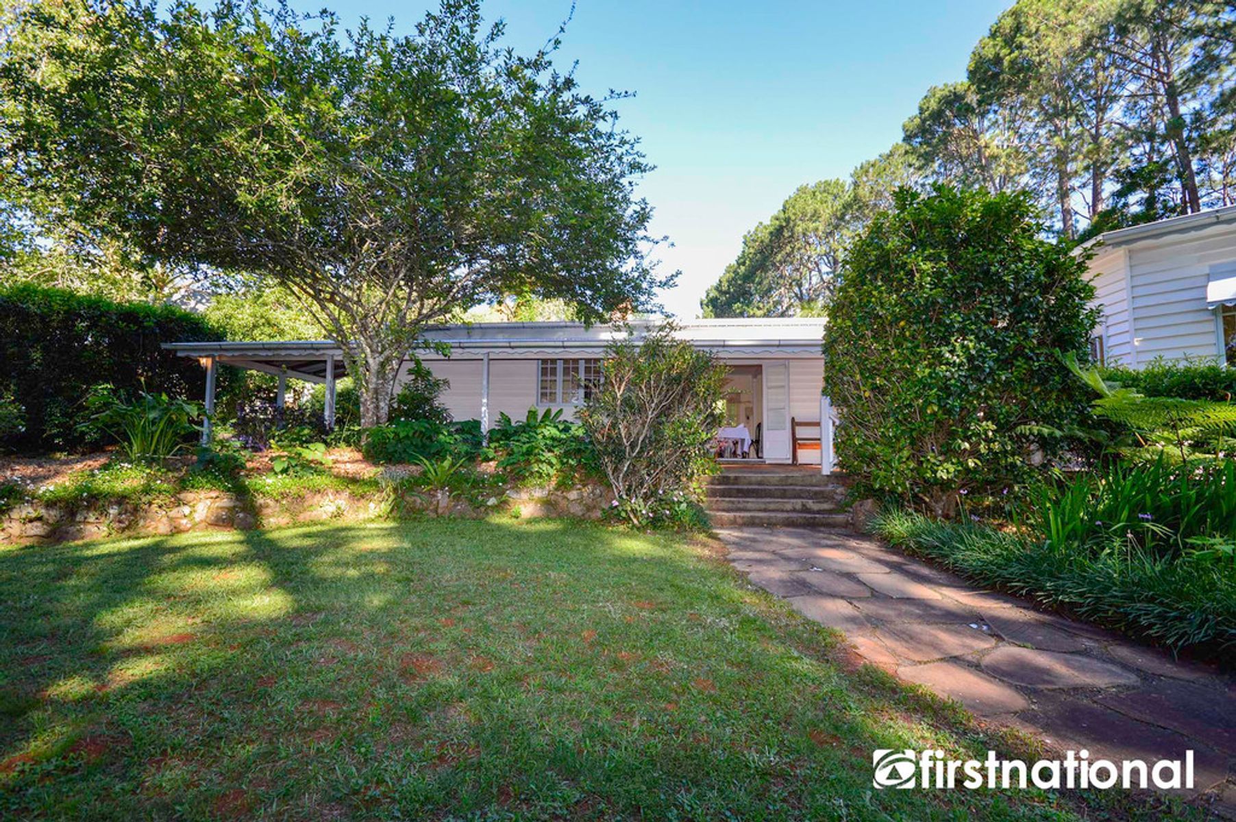 216 to 226 Cnr Curtis & Long Rd, Tamborine Mountain, QLD 4272