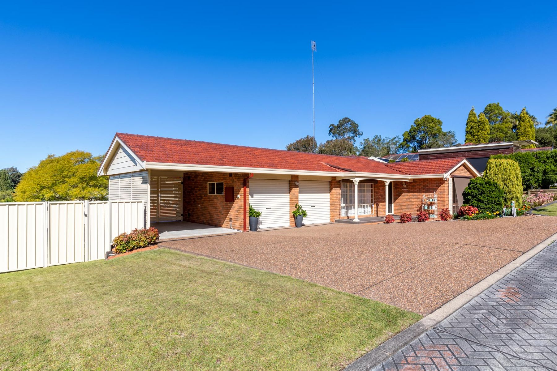 3 Staveley Court, Lakelands, NSW 2282