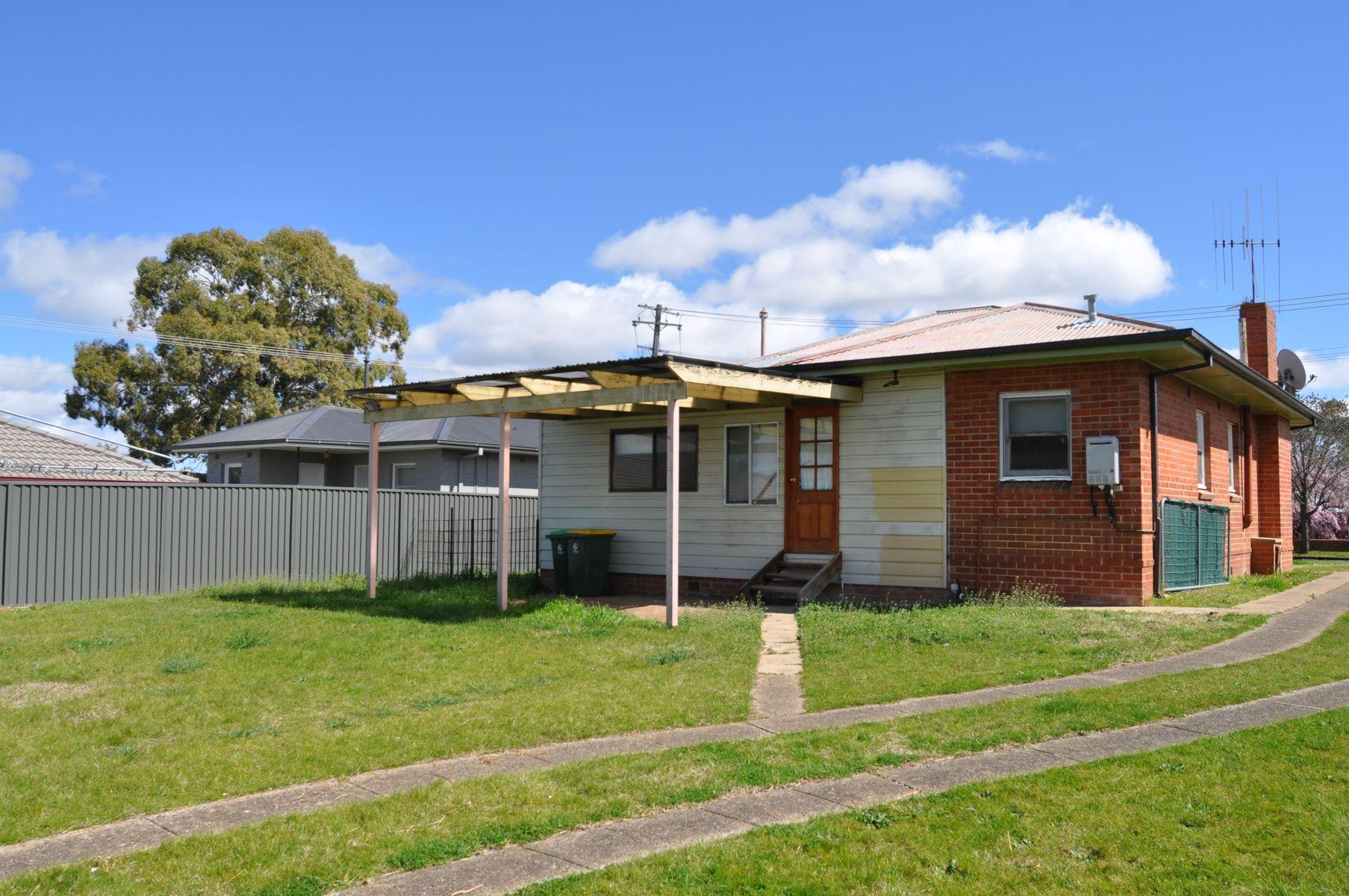 202 Mitre Street, Bathurst, NSW 2795