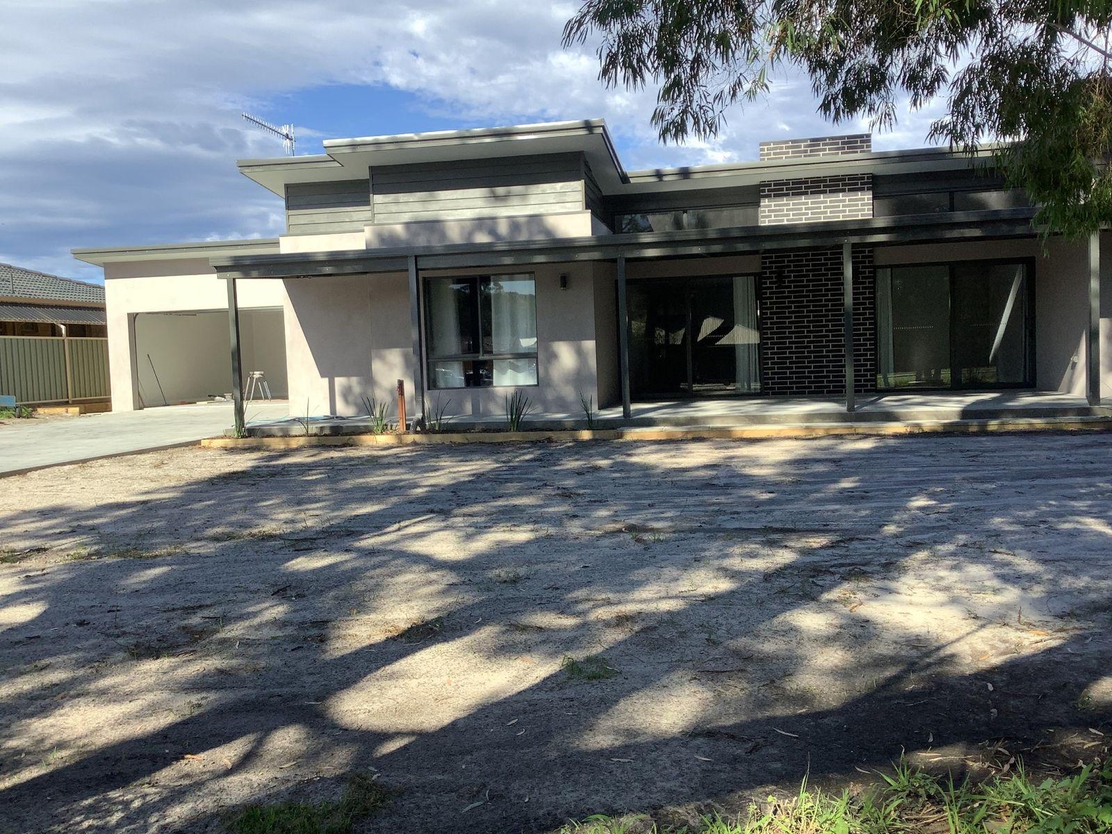 15 Grove Street West, Little Grove, WA 6330