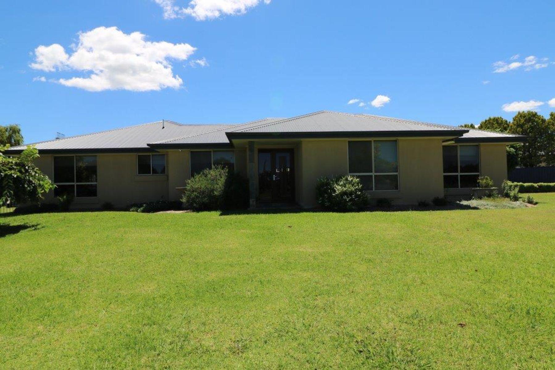93 Dumaresq Street, Glen Innes, NSW 2370