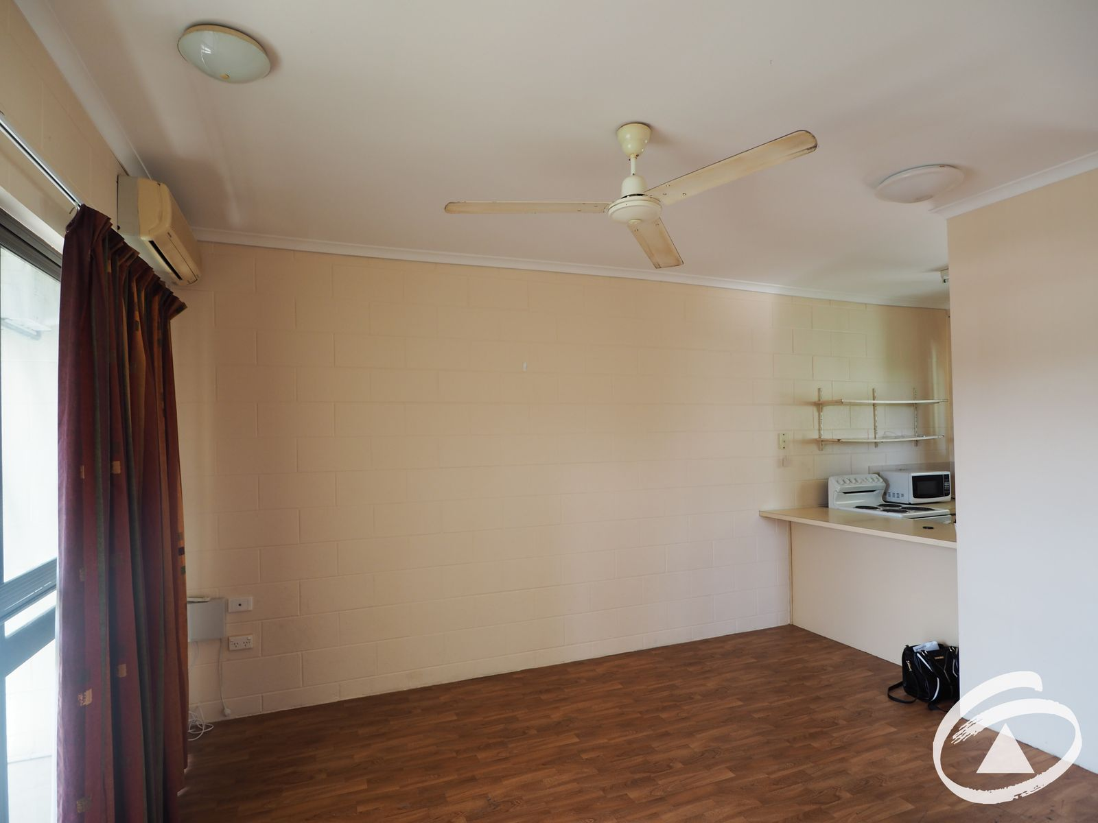 24/215 McLeod Street, Cairns North, QLD 4870