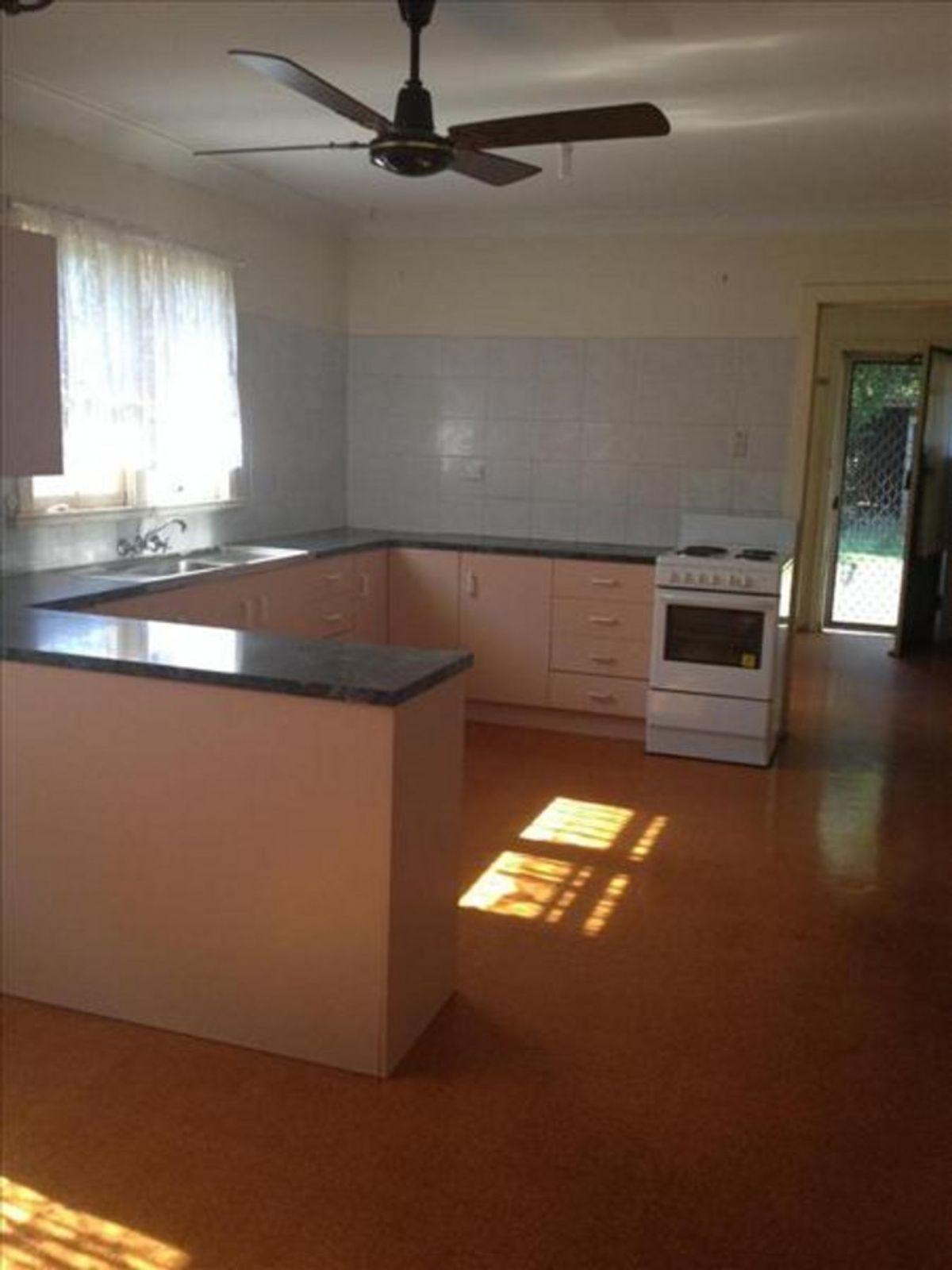 289A James Street, Newtown, QLD 4350