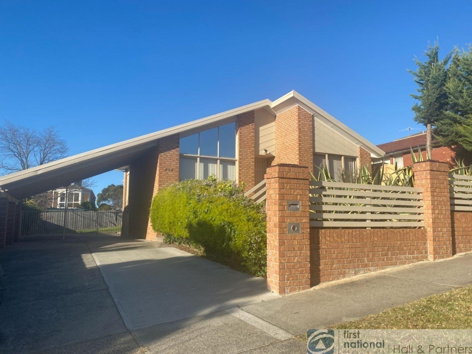 352 James Cook Drive, Endeavour Hills, VIC 3802