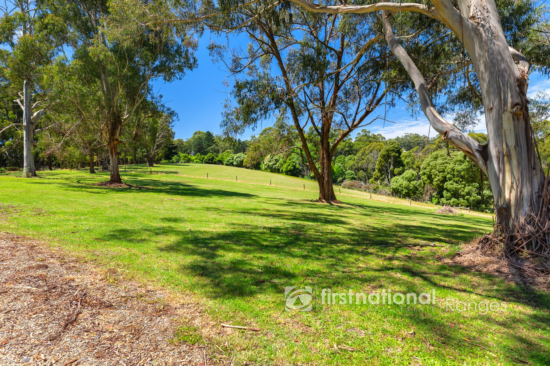 21 Paternoster Road, Emerald, VIC 3782