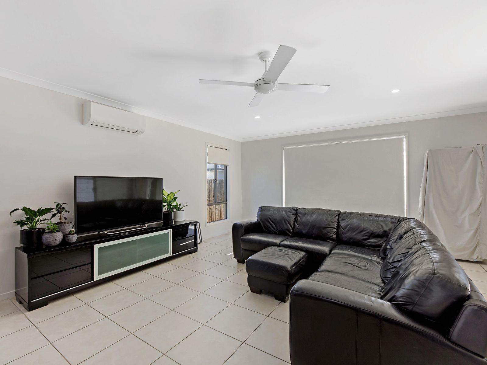 6 Broadaxe Street, Spring Mountain, QLD 4300