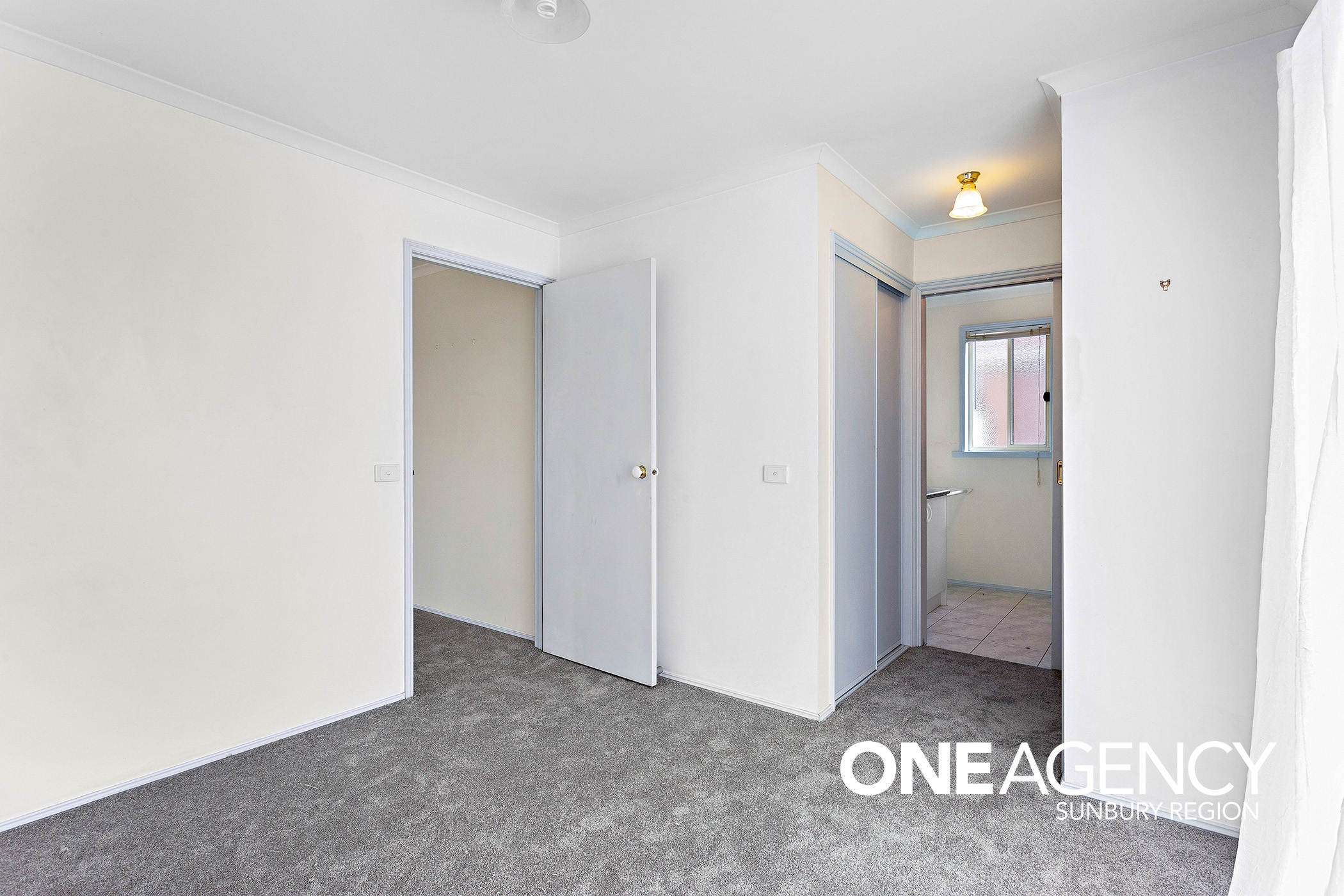 1 Hallway