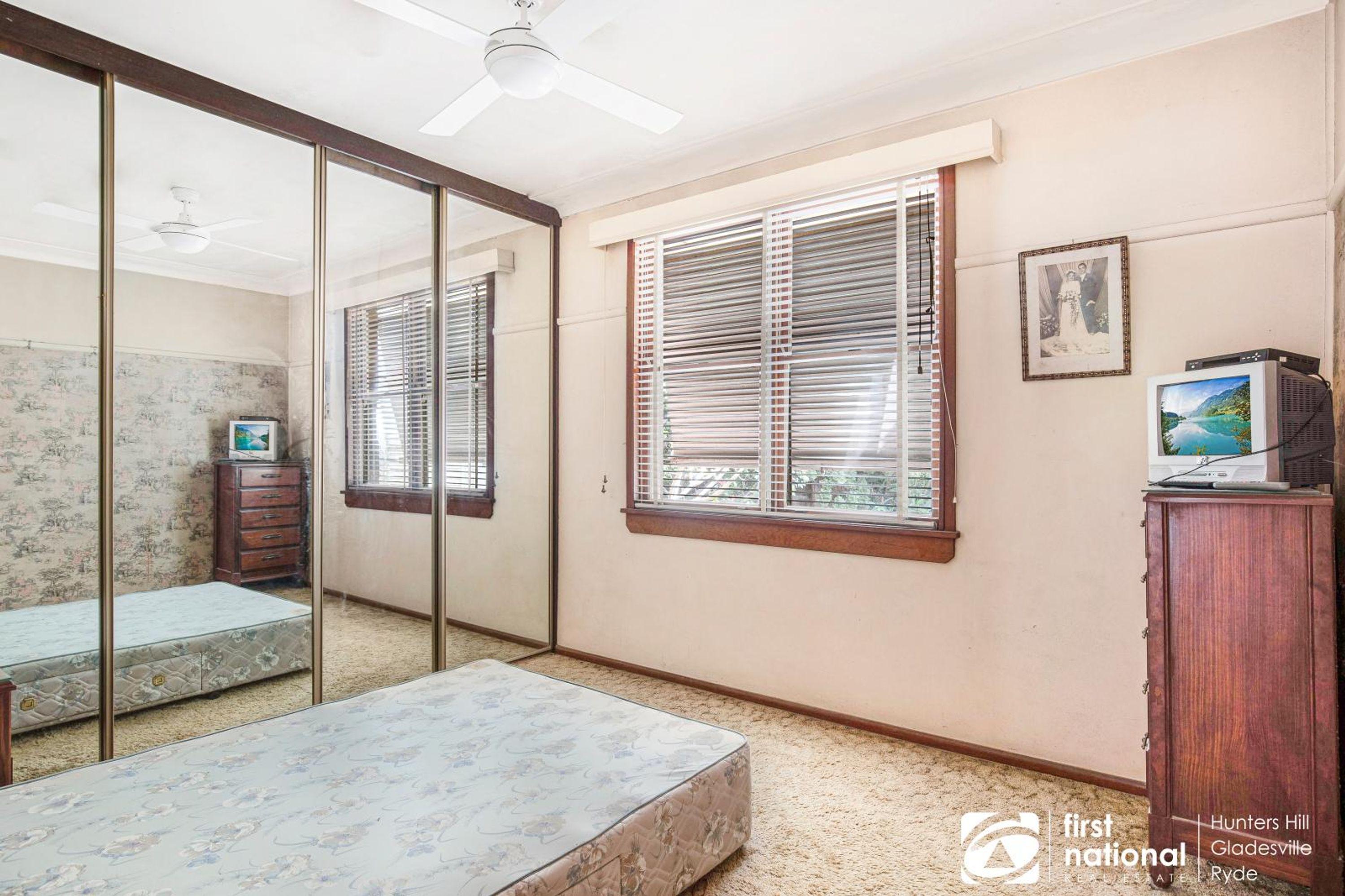 17 Windeyer Avenue, Gladesville, NSW 2111