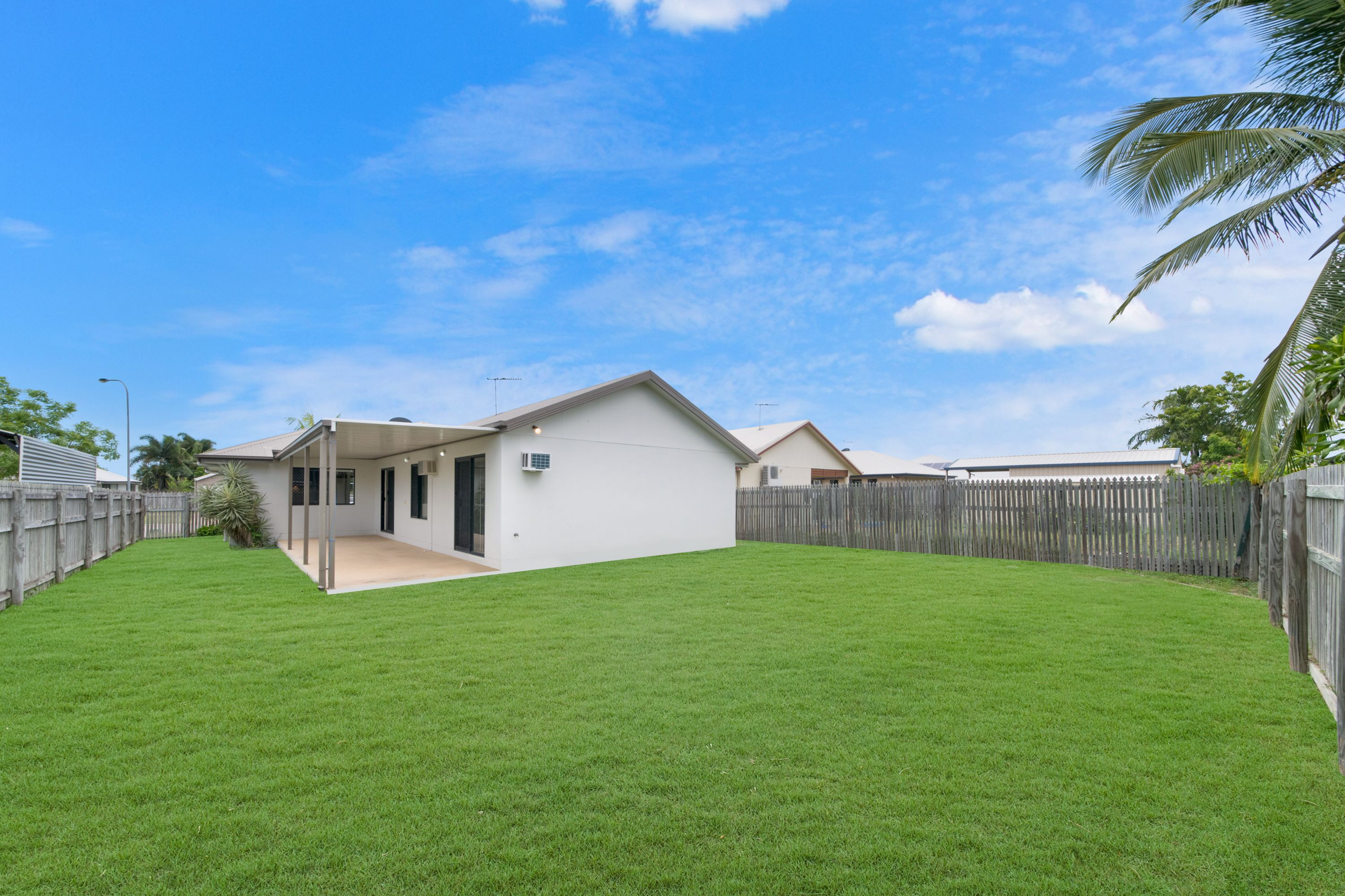 11 Eton Court, Burdell, QLD 4818