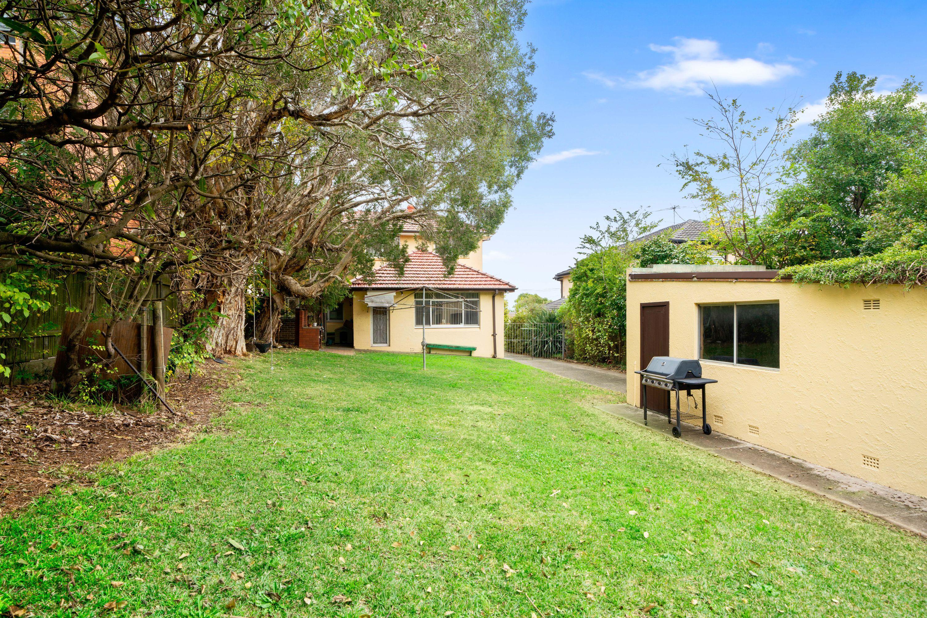 7 Western Crescent, Gladesville, NSW 2111