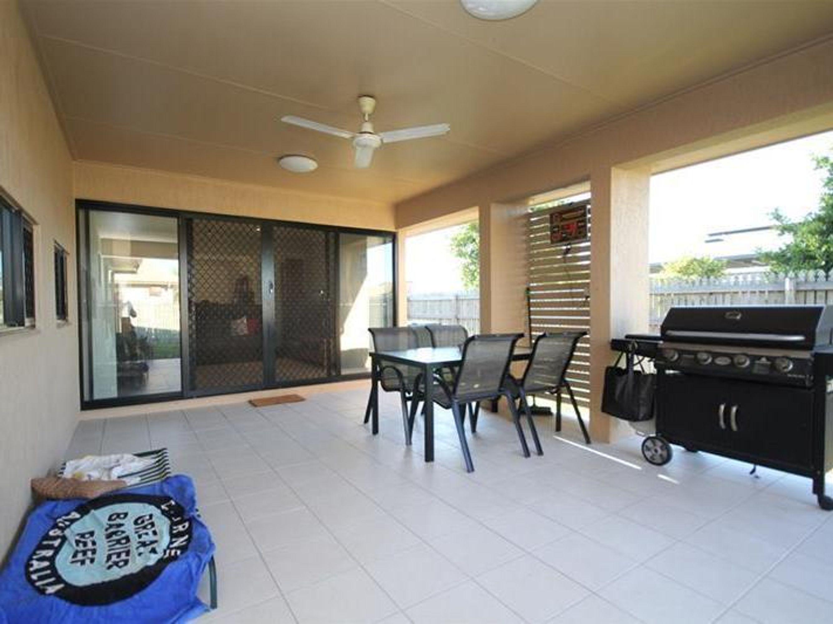 14 Laurie Motti Parade, Kirwan, QLD 4817