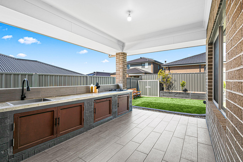 23 Crystal Avenue, Horsley, NSW 2530