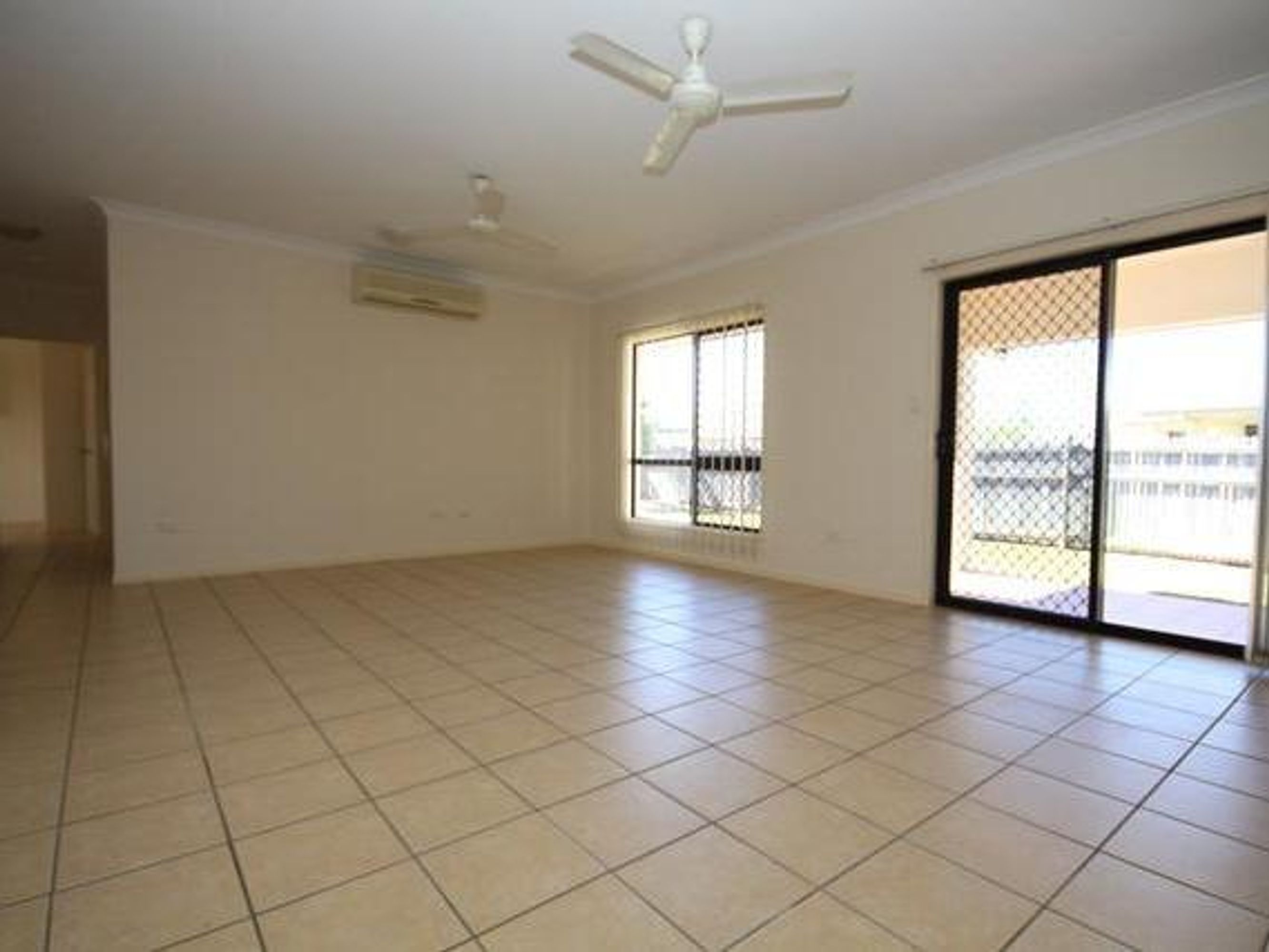 4 Drummond Court, Kirwan, QLD 4817