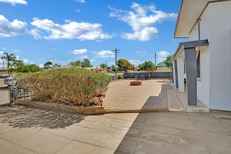 50 Creedon Street, Broken Hill, NSW 2880