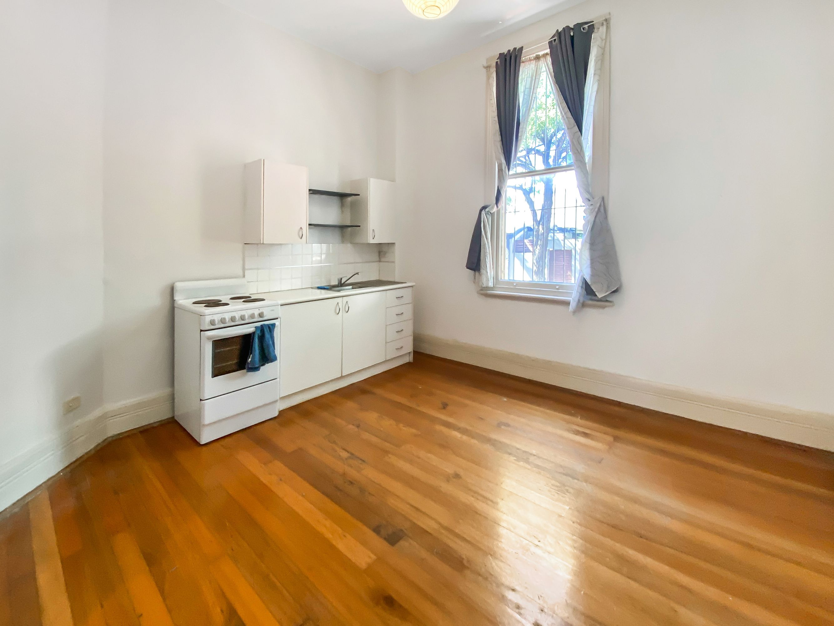 2/75 Probert Street, Newtown, NSW 2042