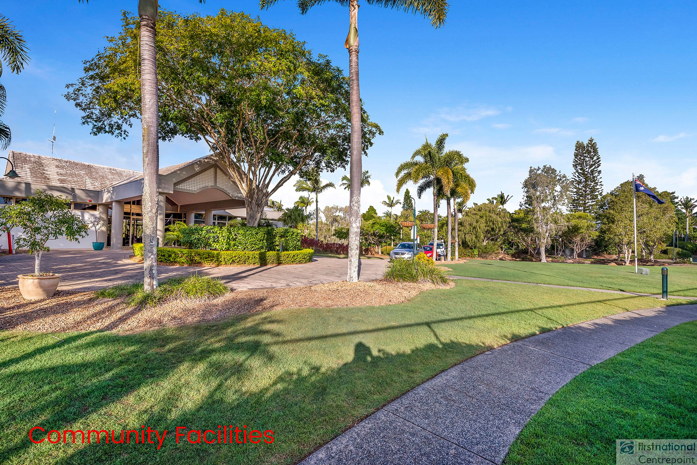 8/125 Santa Cruz Boulevard, Clear Island Waters, QLD 4226