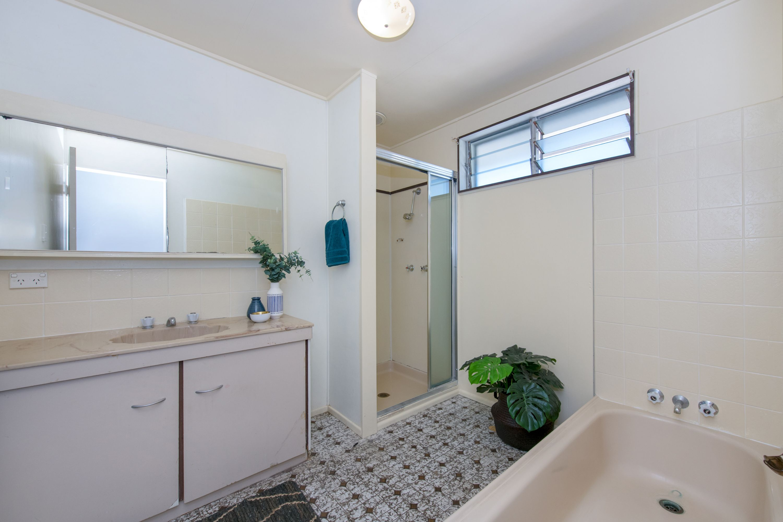 6 Anne Street, Gulliver, QLD 4812