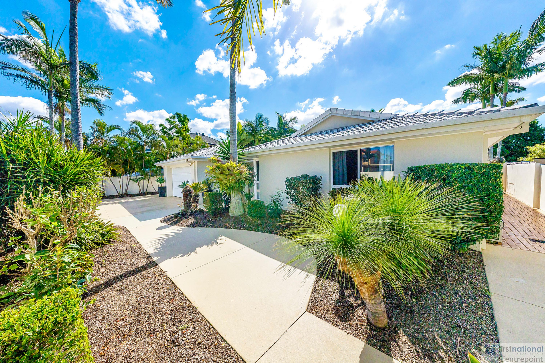 11 Montserrat Court, Clear Island Waters, QLD 4226