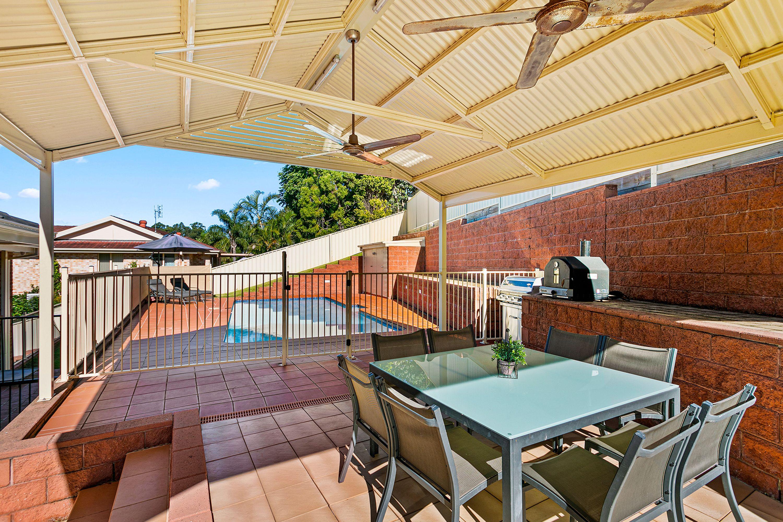 112 Booreea Boulevard, Cordeaux Heights, NSW 2526