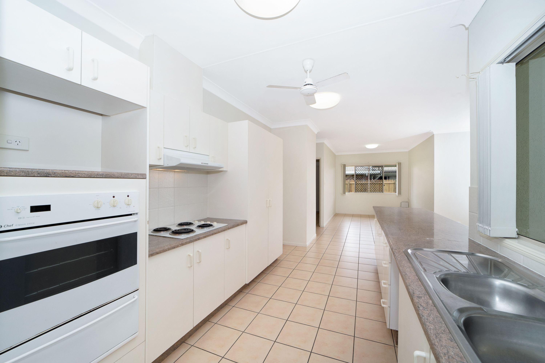 11 Laguna Avenue, Kirwan, QLD 4817