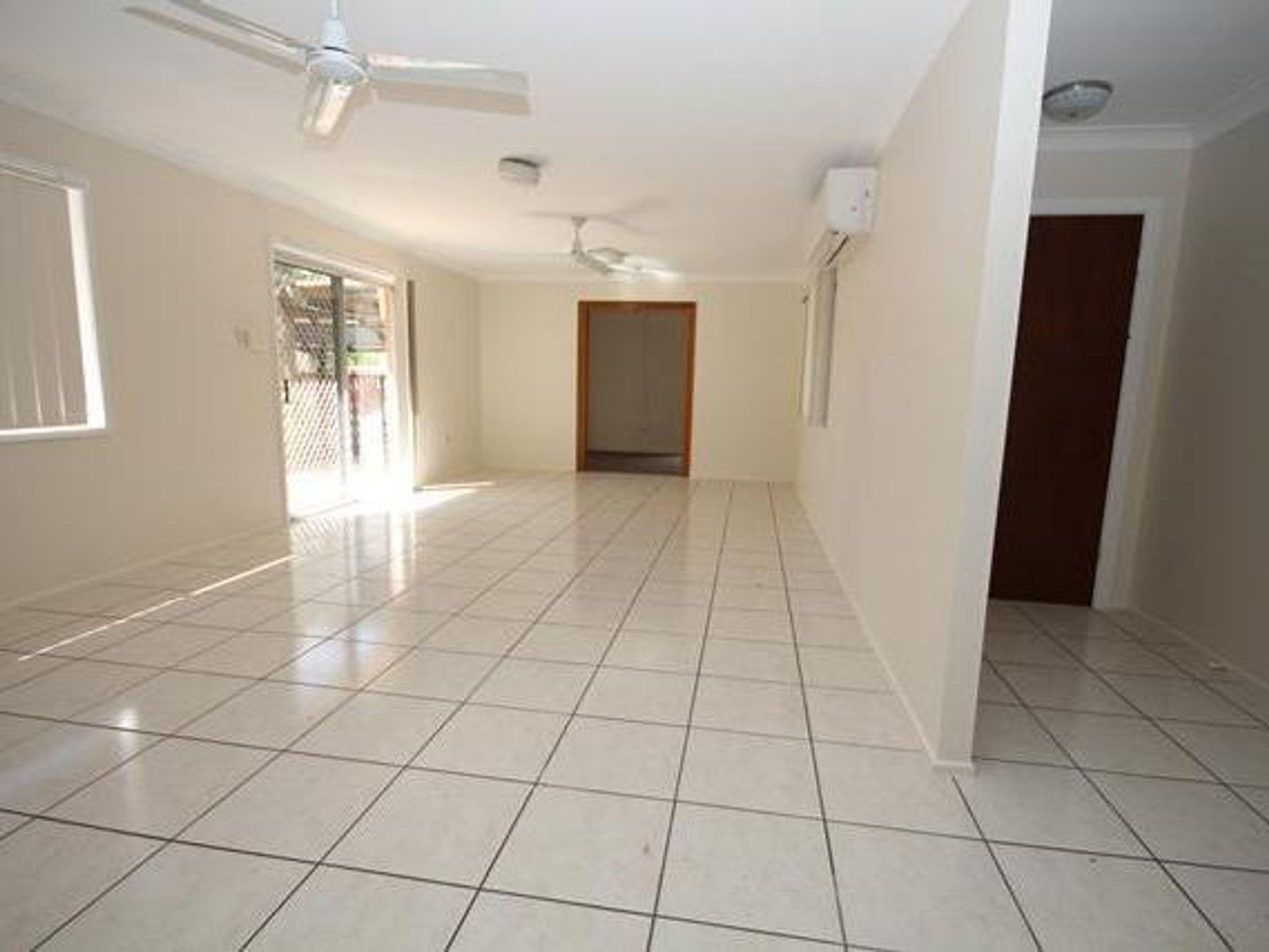 26 Yolanda Drive, Annandale, QLD 4814