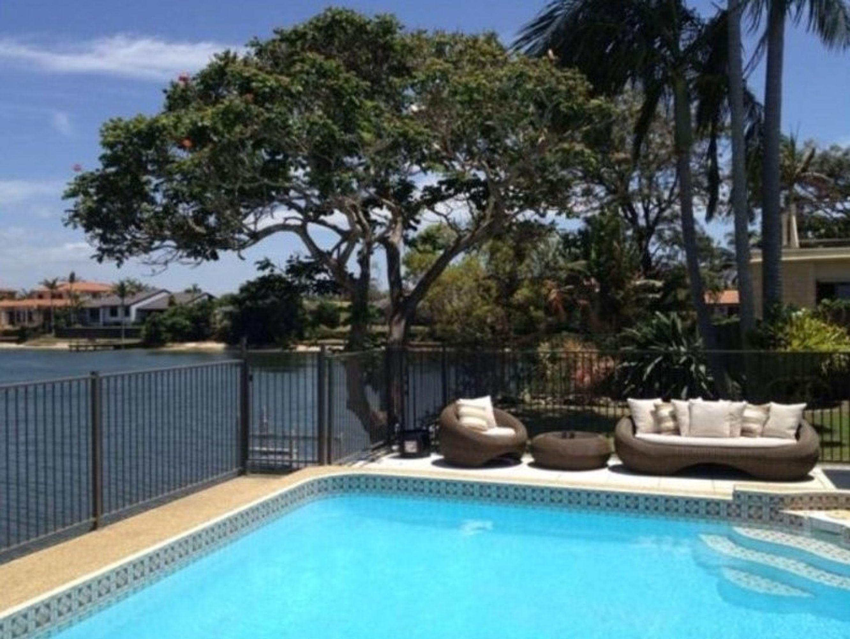 25 Sunshine Boulevard, Broadbeach Waters, QLD 4218