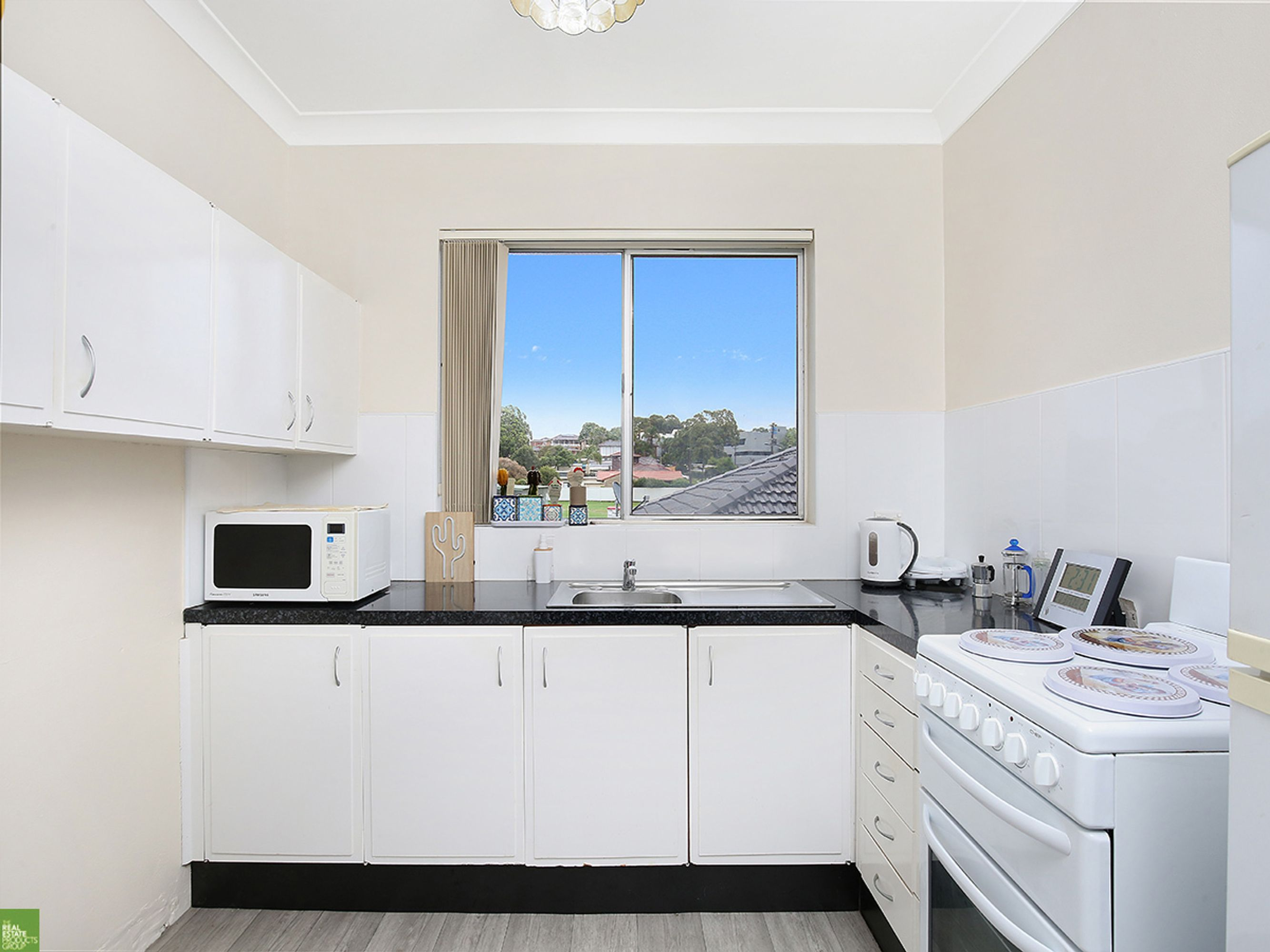 4/4 Gipps Crescent, Barrack Heights, NSW 2528