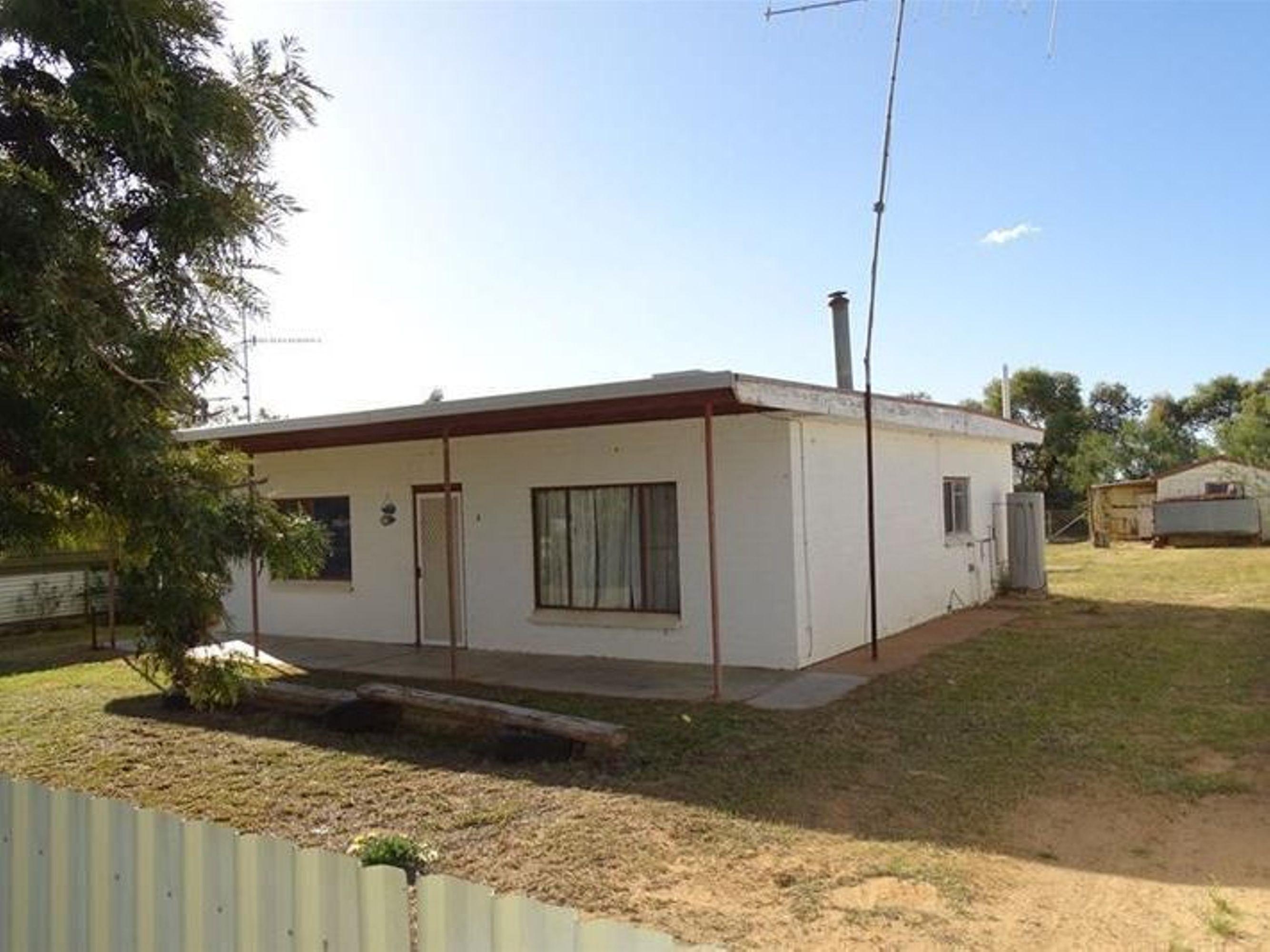 86 Lakeview Avenue, Sunset Strip, Menindee, NSW 2879