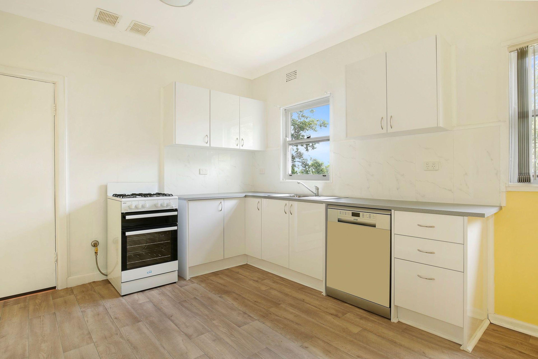 9 Hickman Street, Mount Saint Thomas, NSW 2500