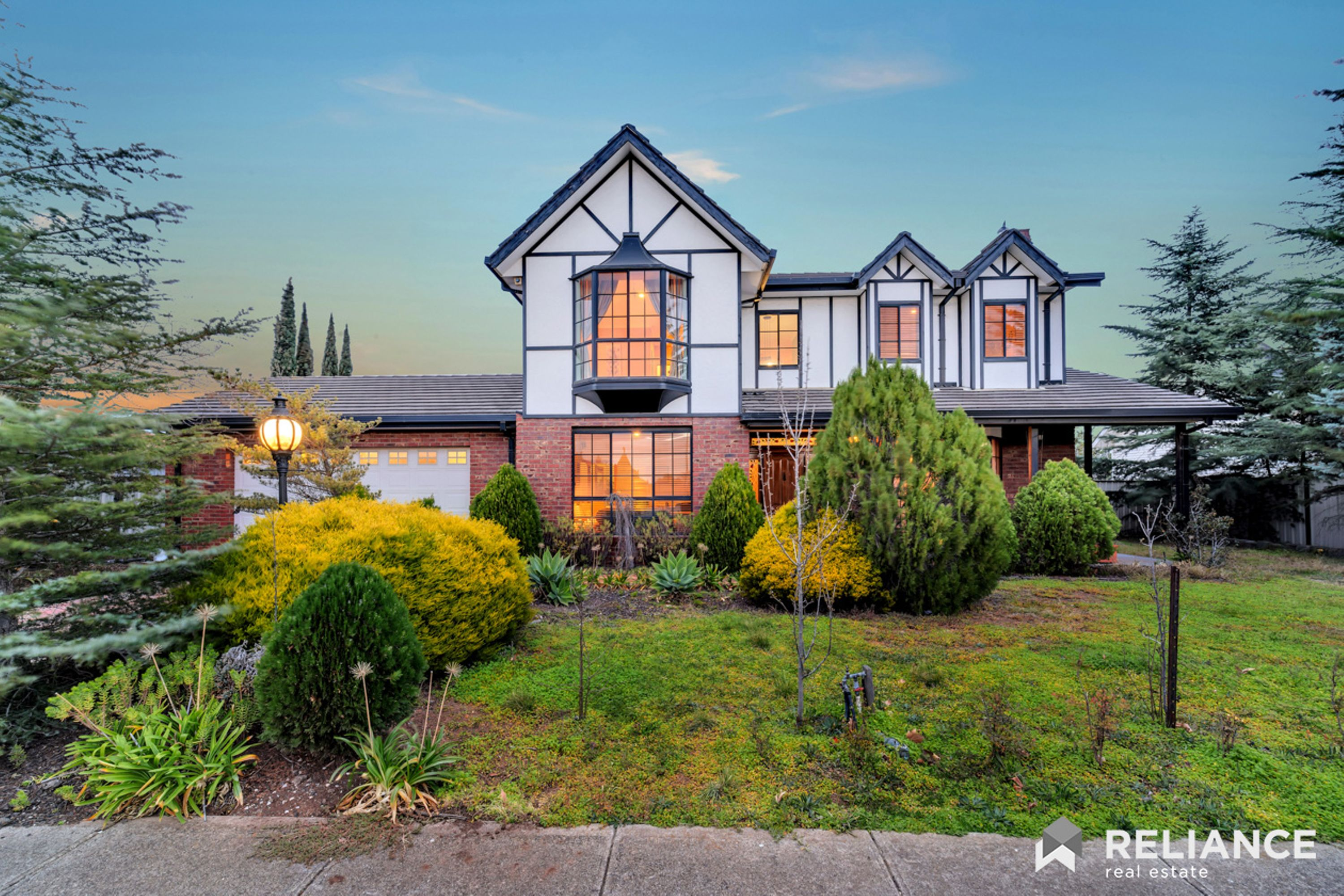 Your Dream Home! ; 44 Leatherwood Drive, Hoppers Crossing