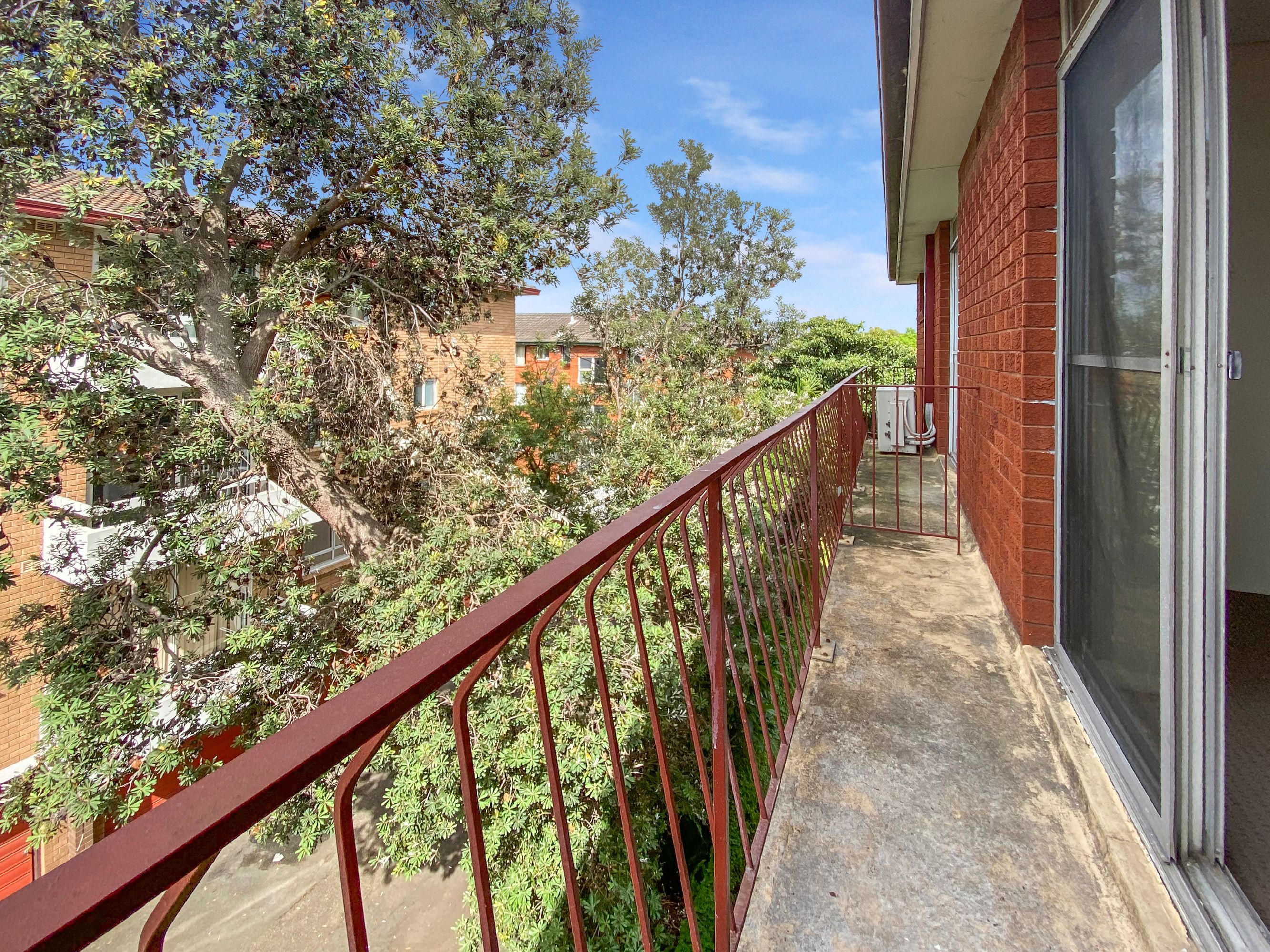 21/10 Bank Street, Meadowbank, NSW 2114