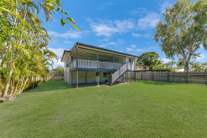 416 Ross River Road, Cranbrook, QLD 4814