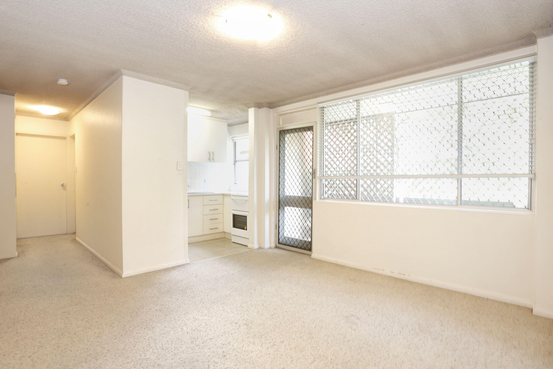 2/24 Meadow Crescent, Meadowbank, NSW 2114